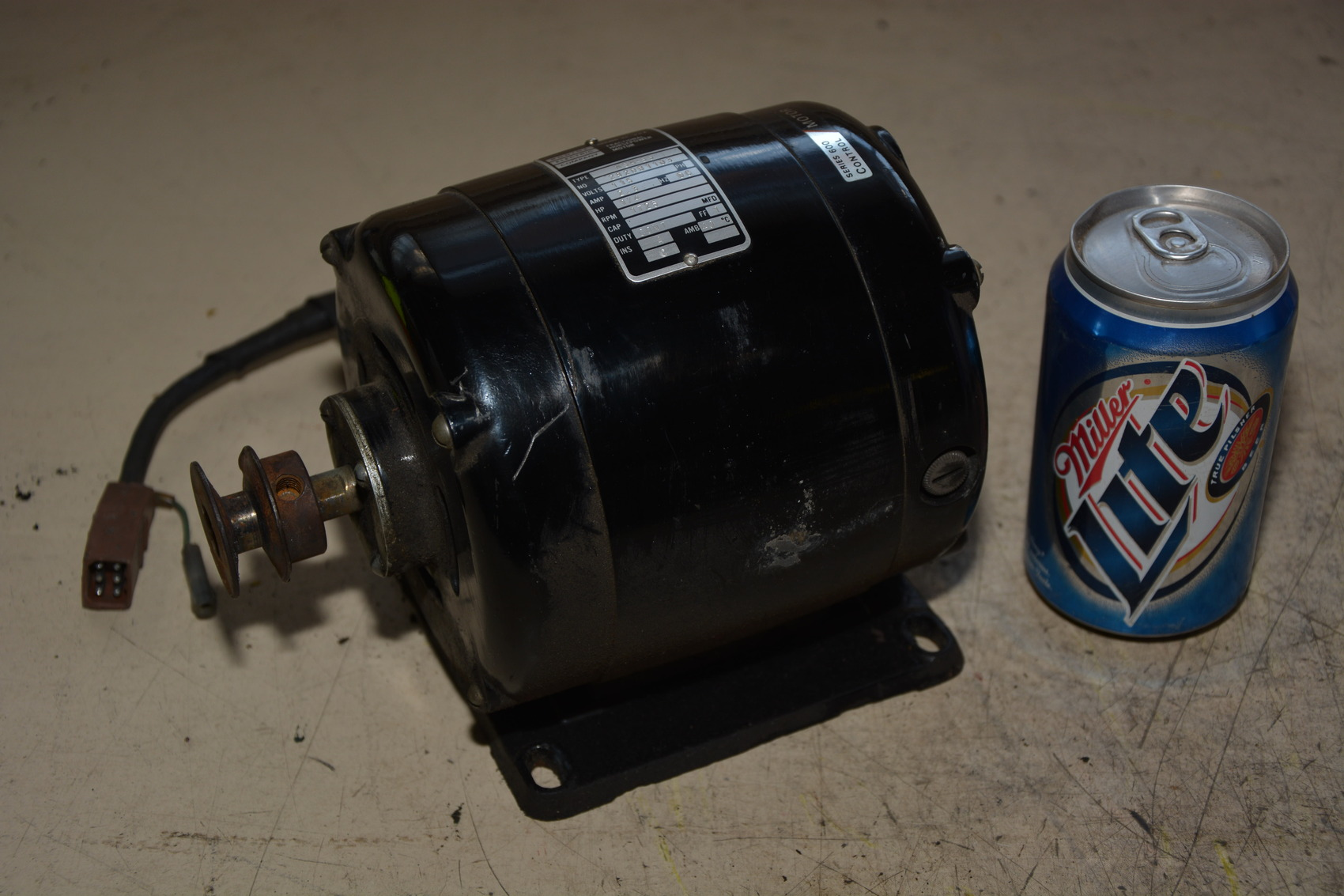 Bodine type nsh 55 1 4 hp dc motor 115vdc 2 3 amps for 2 hp motor current