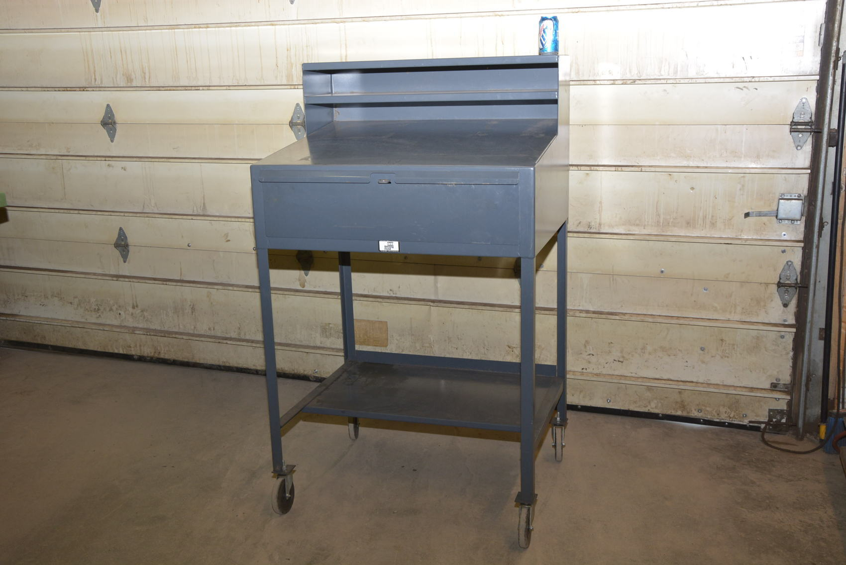 stac kkamr cabinet maintenance pdpzoom is drawers strong com cart with image hold cabinets shelf and