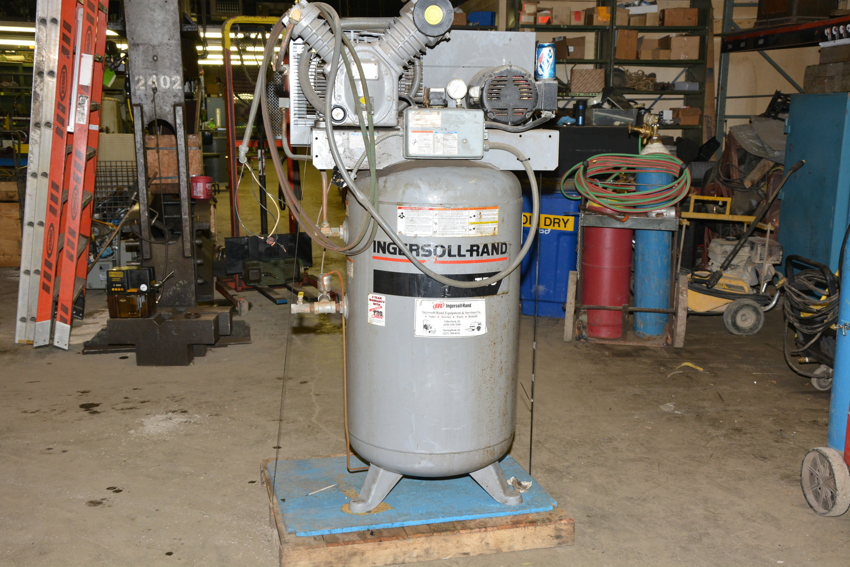 Ingersoll Rand T30 Vertical Air Compressor 80 Gal 200psi 7