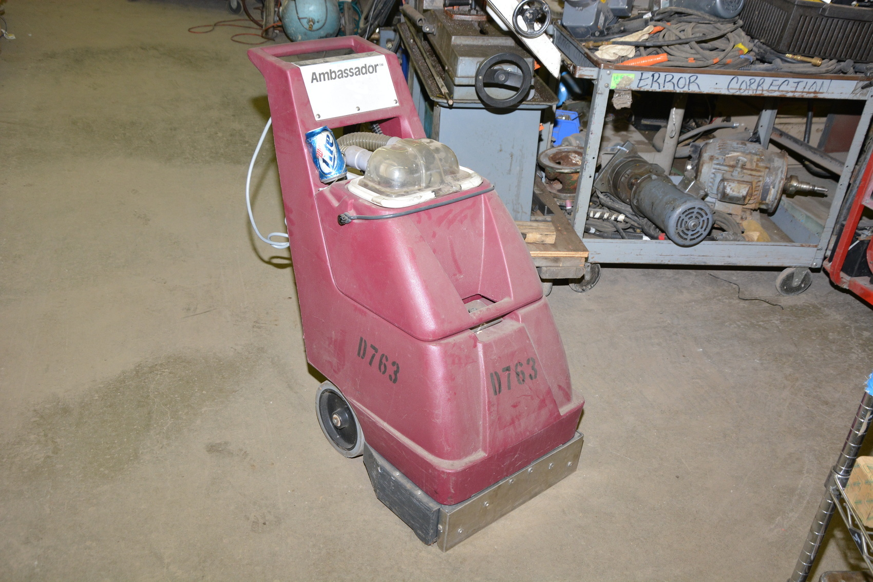 walk inch floor behind unoclean area floors uno scrubber auto small stinger electric minuteman automatic