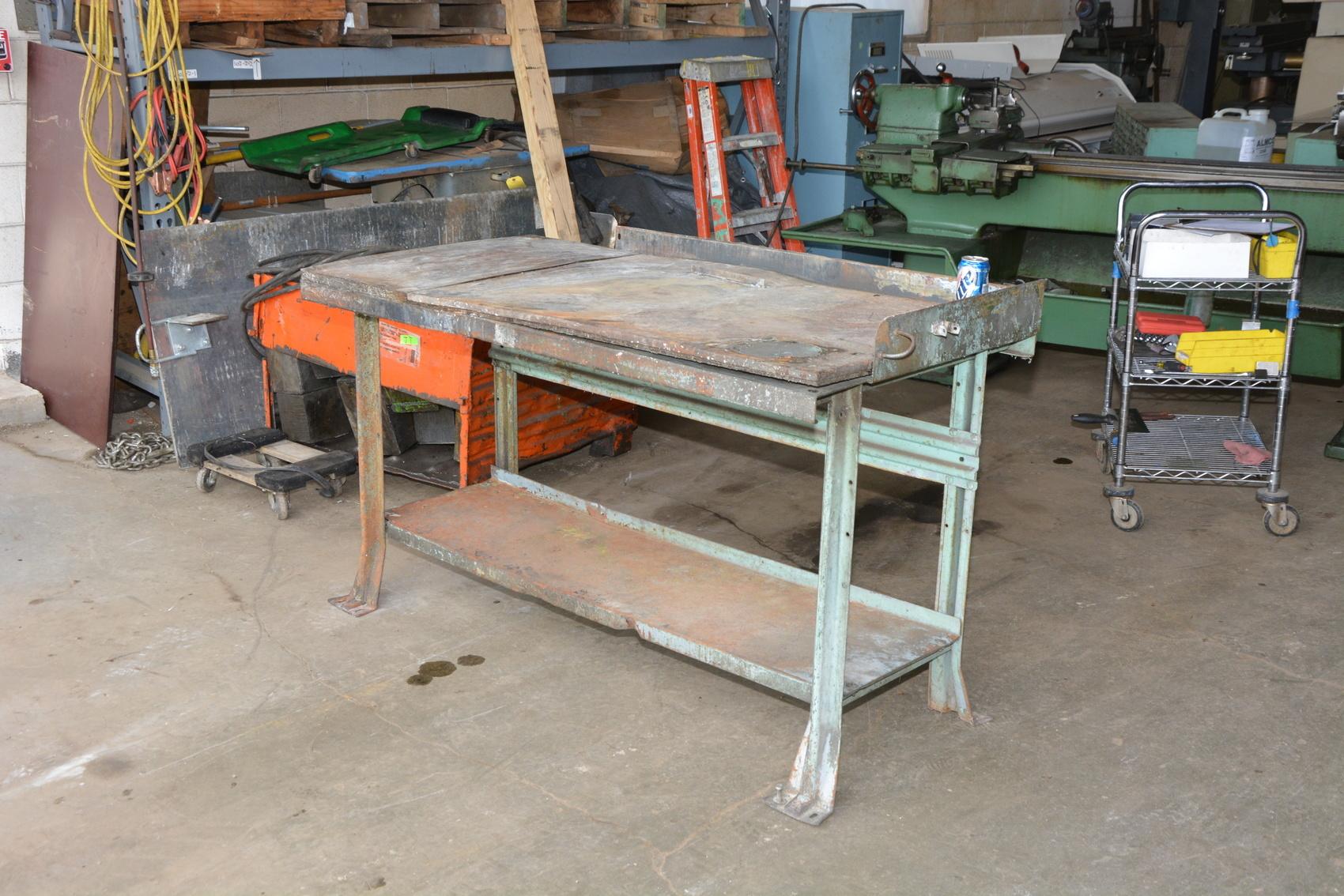Heavy Duty Industrial Work Bench Workbench Table 60x29x36 Equipto Lyon
