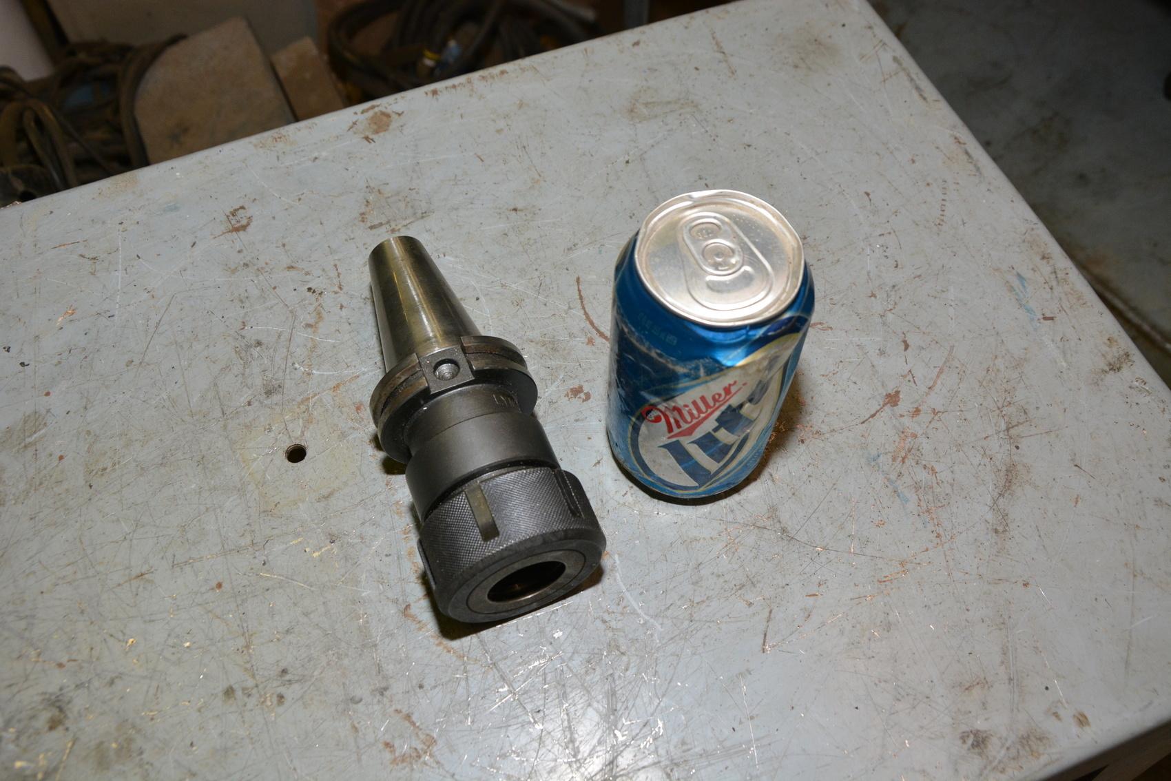 Lyndex CAT V40 Collet tool holder for Collet 100TG-3.5