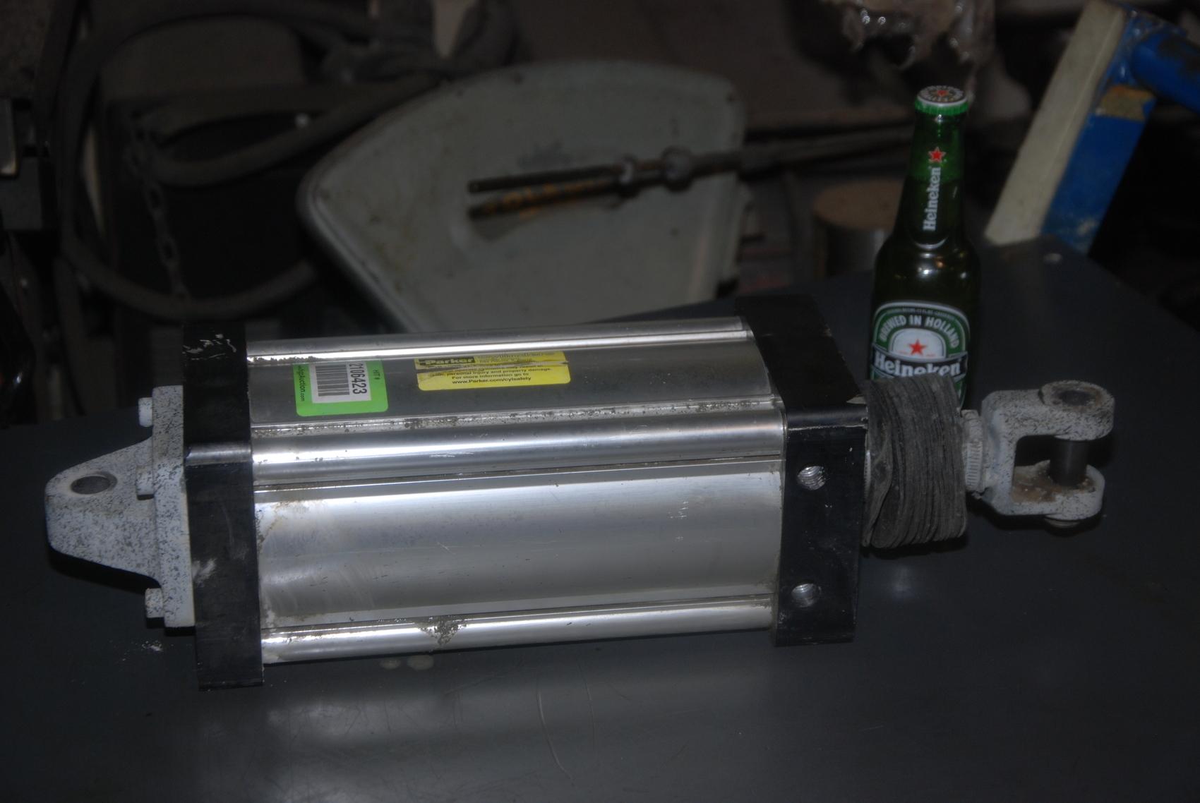 PARKER 4MA 05.00 BE4MAU13A 8.500 5 bore 8.5 stroke pneumatic cylinder