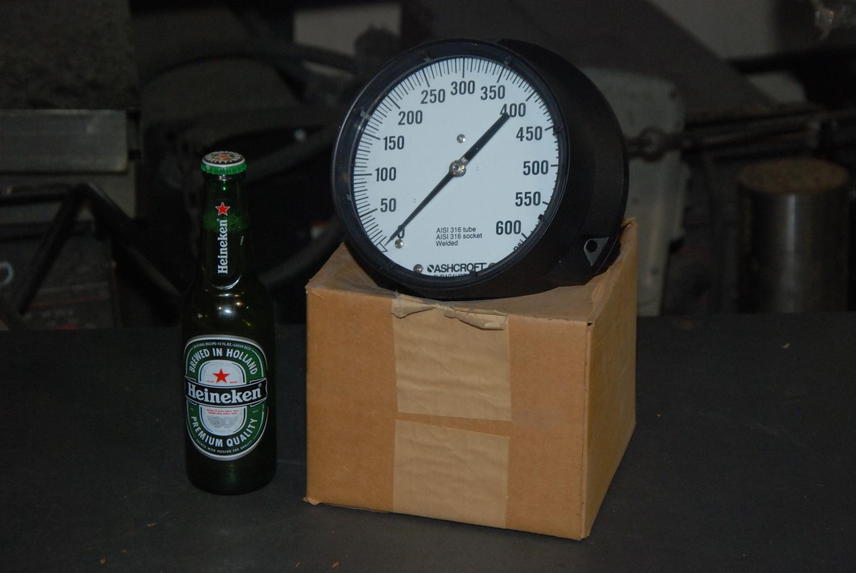 NEW Ashcroft 601379SS 02B Duragauge stainless pressure gauge;0-600 PSI