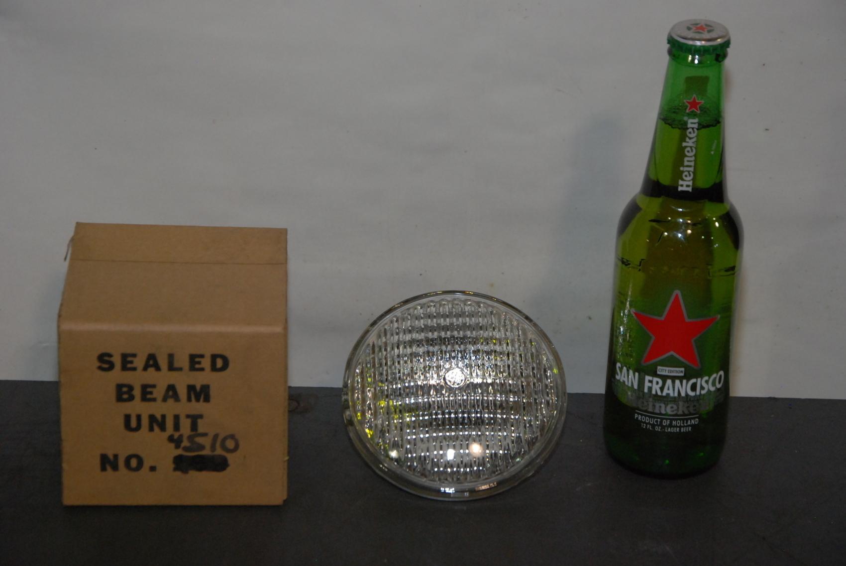 NEW General Electric Sealed Beam Unit Light GE4510;6volt