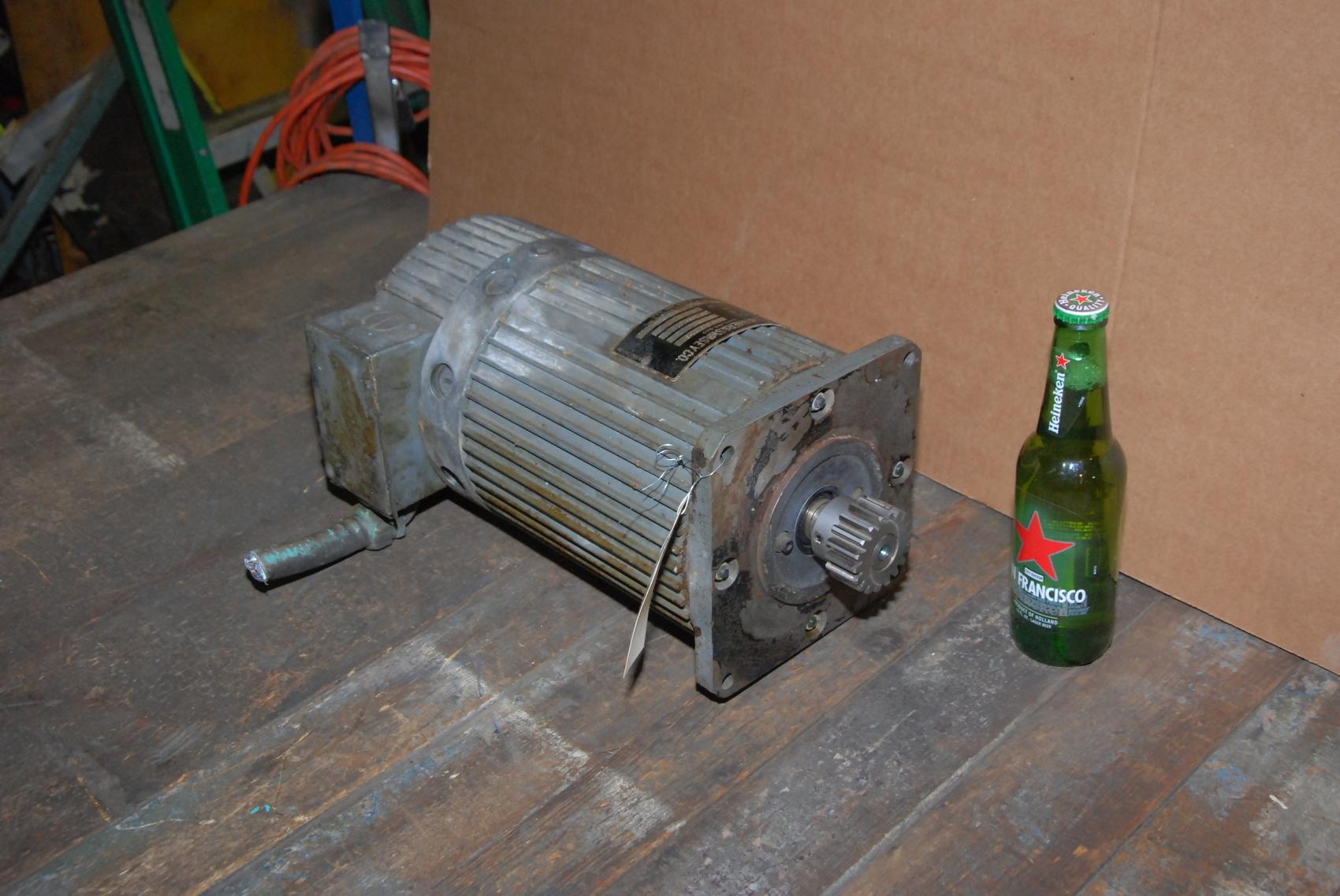 Warner and Swasey 183-18-0220-0 Servo Motor