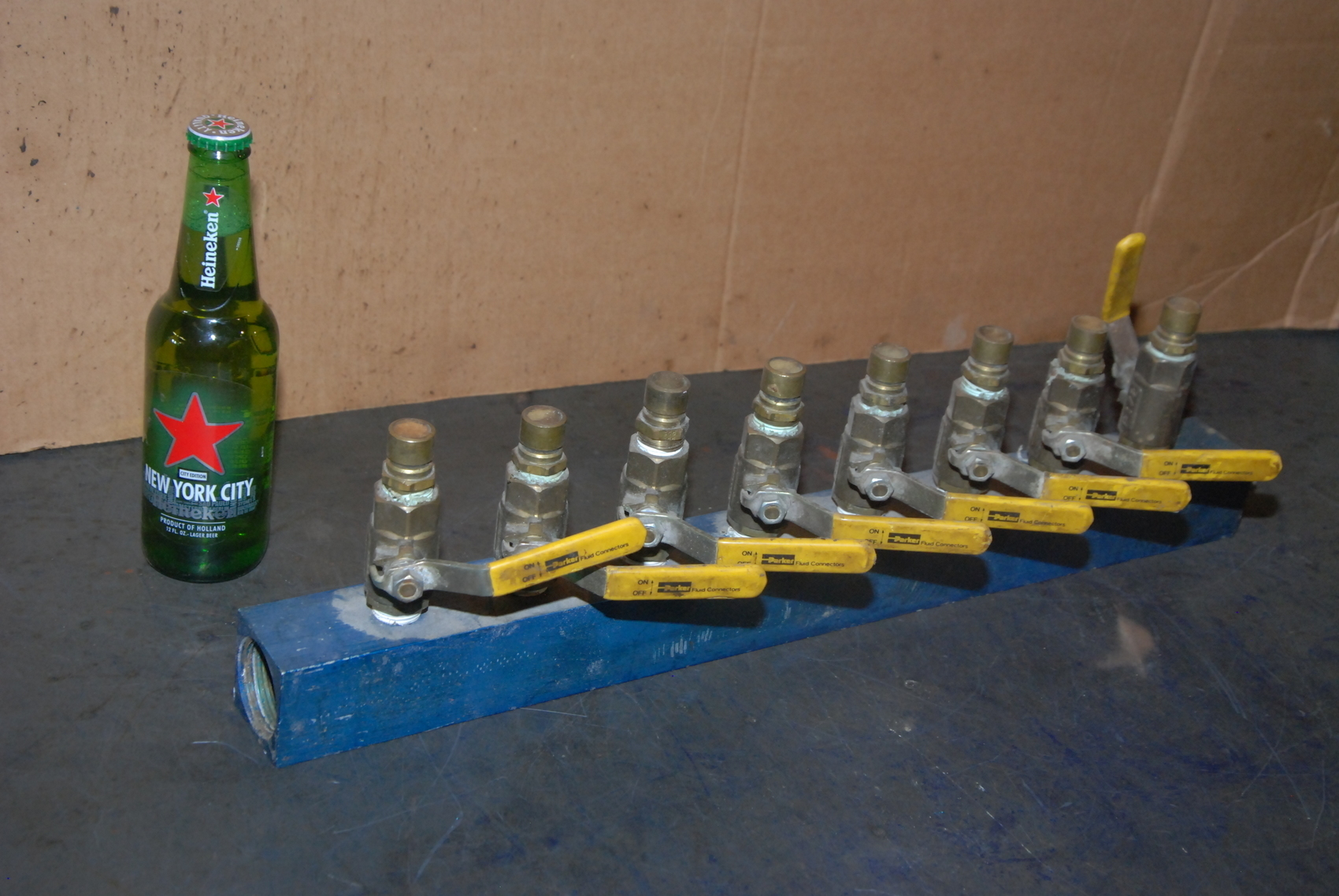 """8-port aluminum manifold;with(8)x ball valves 1/2""""NPT compressed air"""