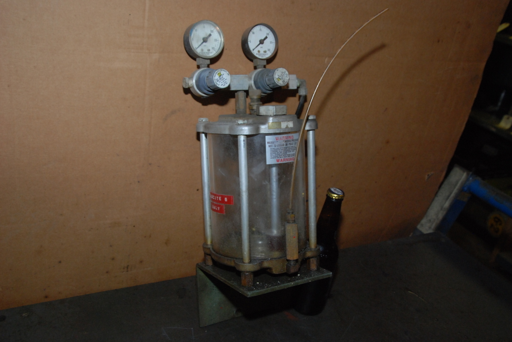 Pneumatic Oiler lubricator Tank;w/2 Master Pneumatic Valves