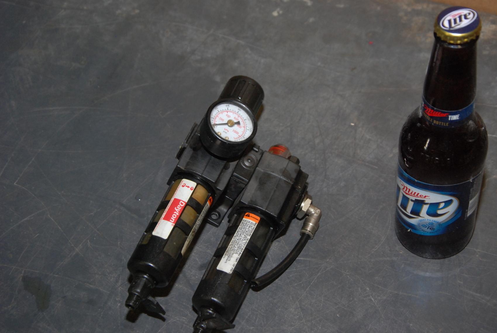 Dayton 4ZK85 4ZL71 Filter Regulator w/Lubricator