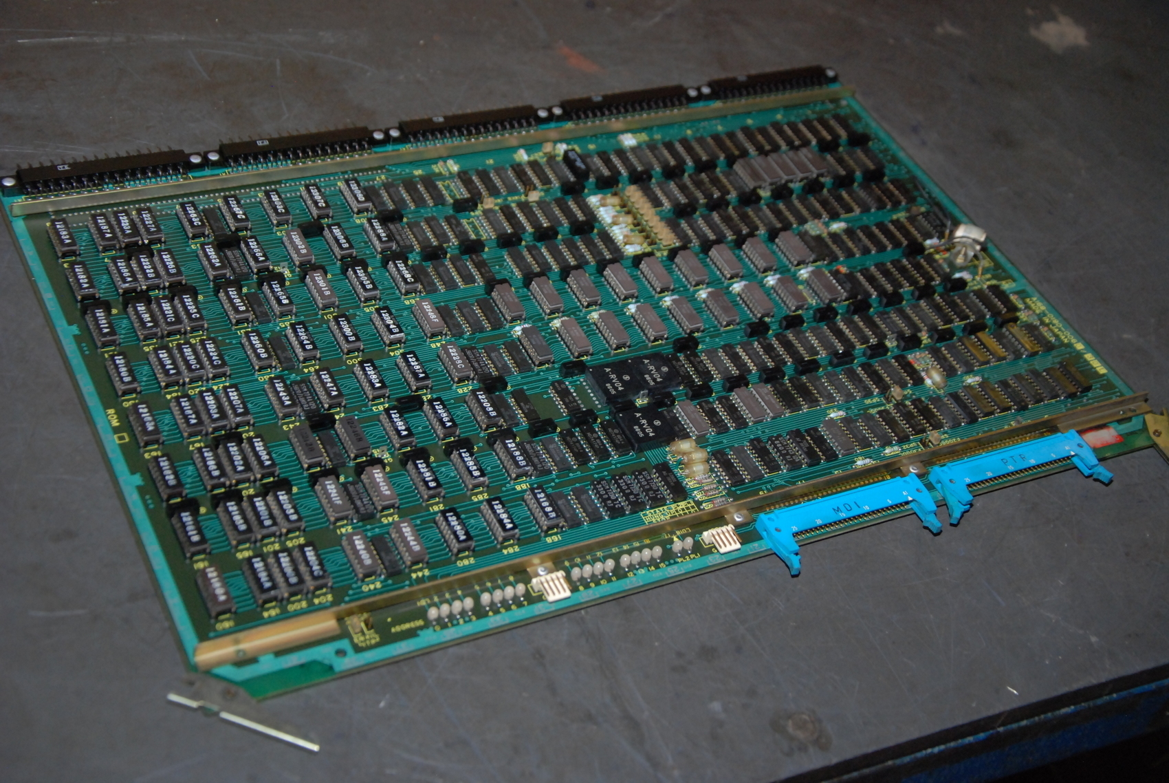 Fanuc A16B-0190-0060/30L CNC Circuit Board