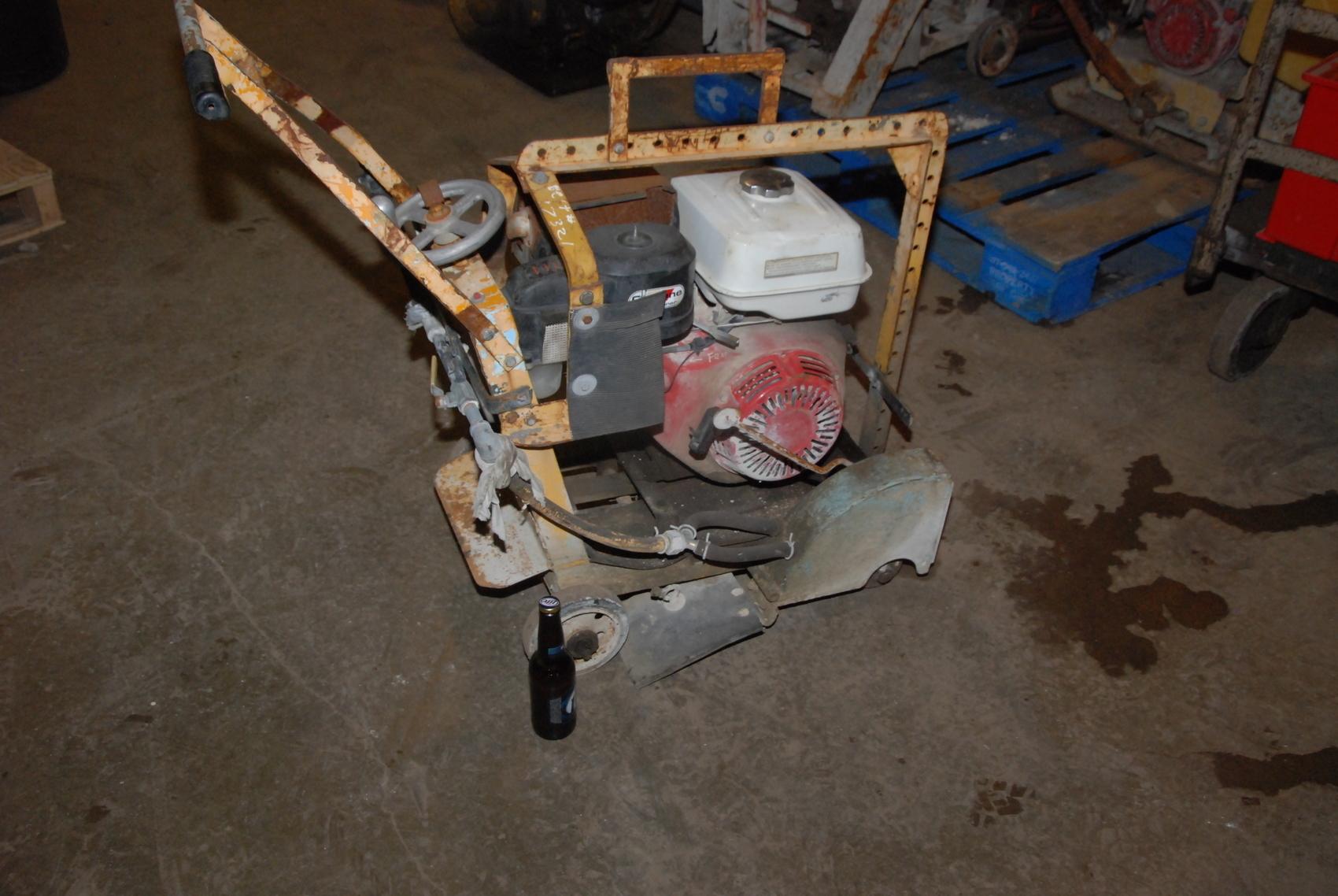 "Honda Powered Concrete saw Cutting Machine;GX390;13HP;for 14""wheels"