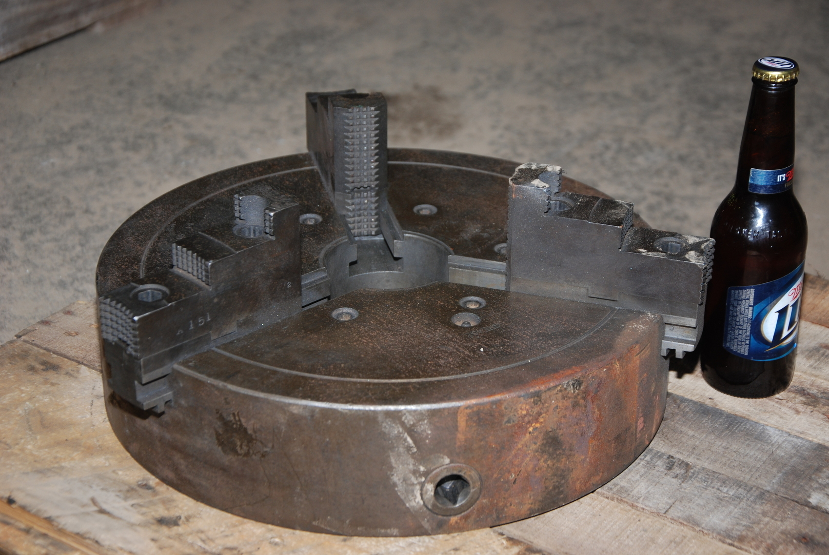 "15""Lathe chuck;dependent 3-jaw chuck;plain back"