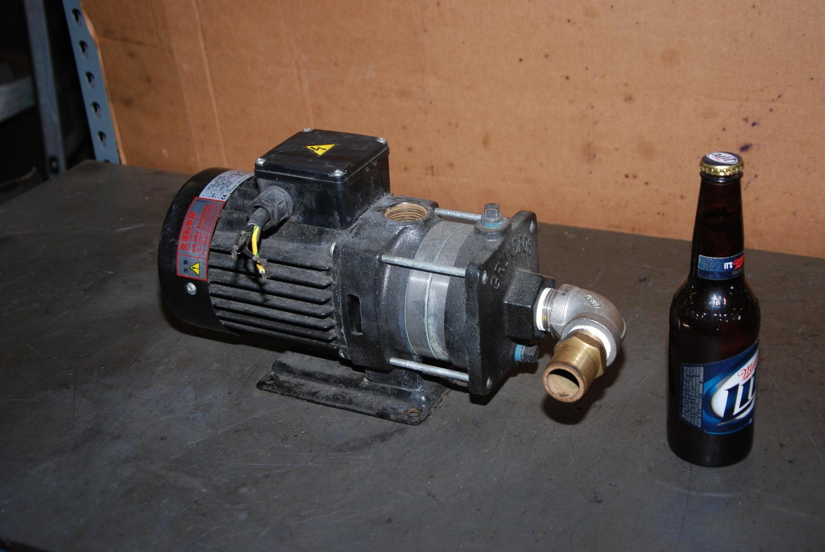 Grundfos CH2-30 A-A-RUUV Water Circulating Pump;3 Phase