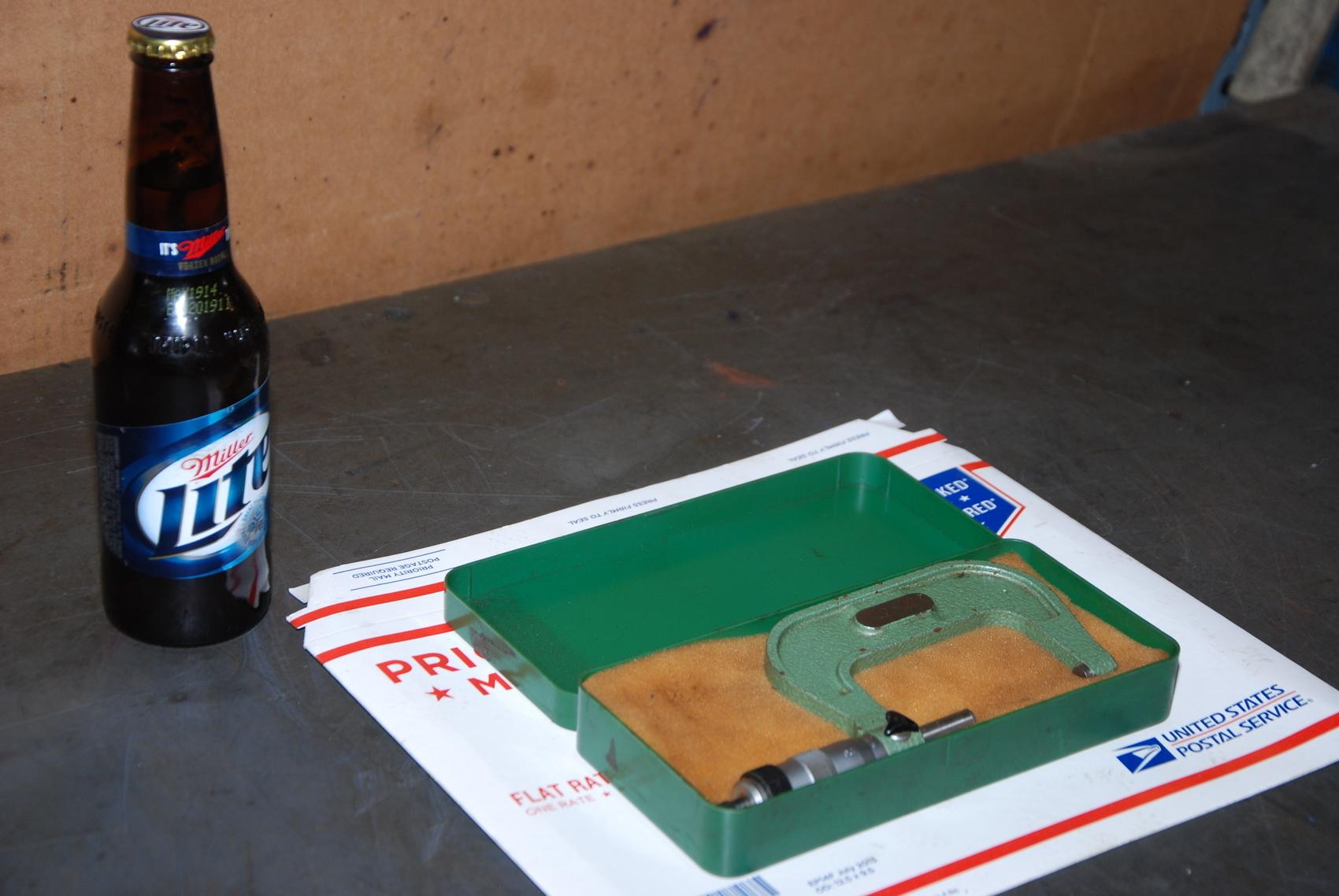 """Precision 2-3""""Outside Micrometer in a plastic case"""