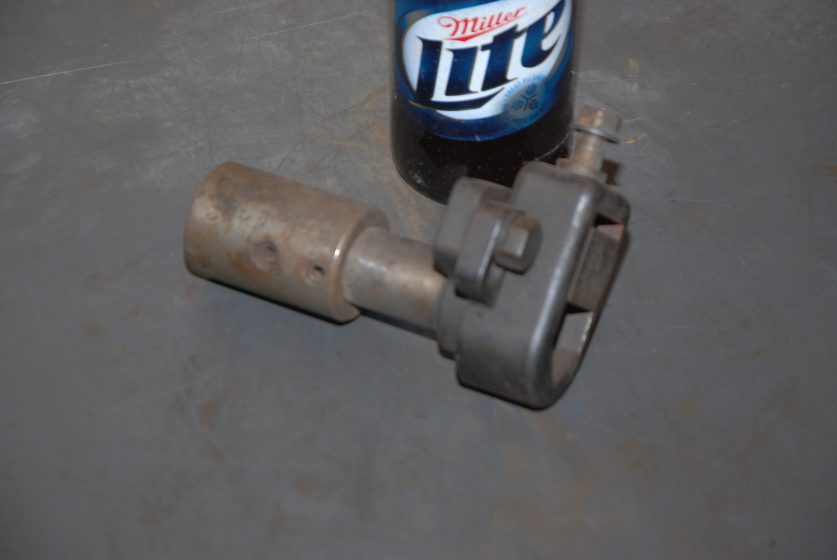 "Boyar-Schultz 2U-L Tool holder;1""shank;1/2-1""cap"