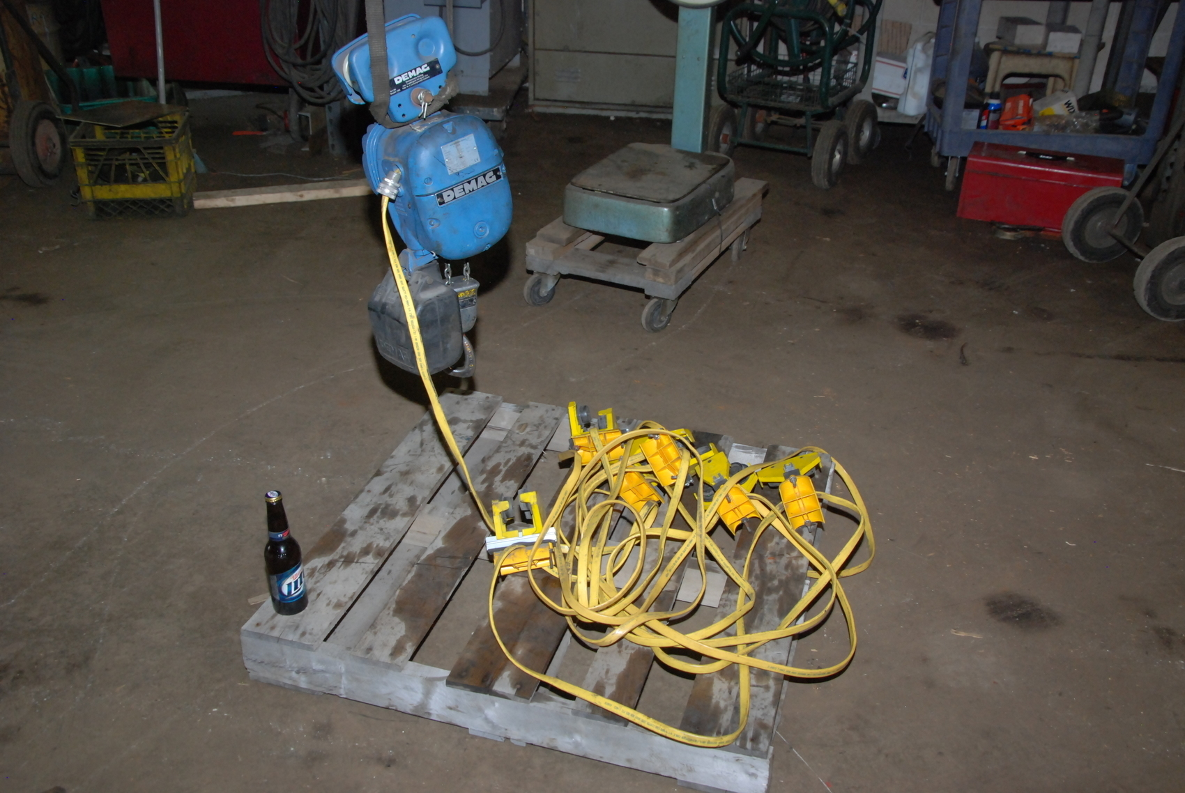 Mannesmann Demag PKVUN 1 V1 Three phase Electric Hoist;275/550lbs
