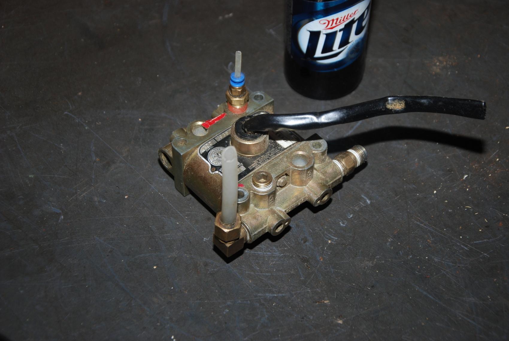 Skinner V935DEH2100 Solenoid valve