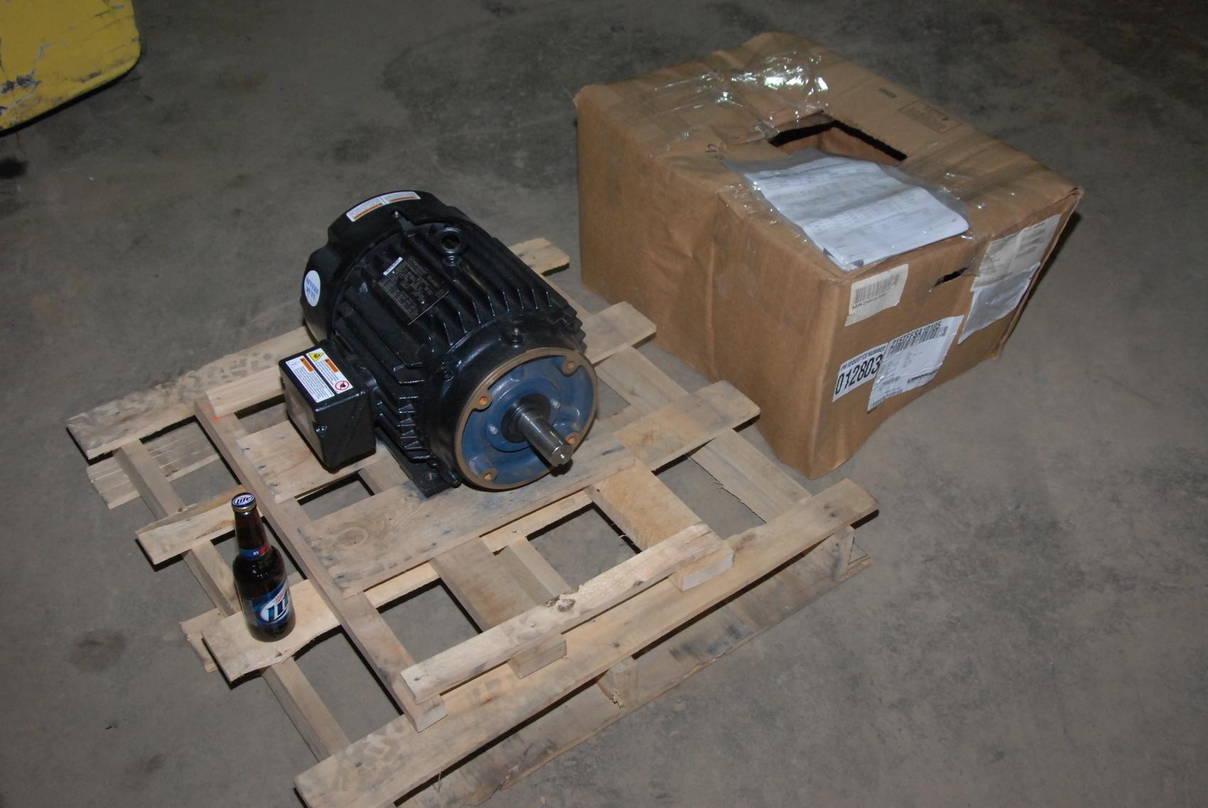 NEW Marathon SyMAX MVC 215TPFSA10105AW Electric Motor;3PH;10HP