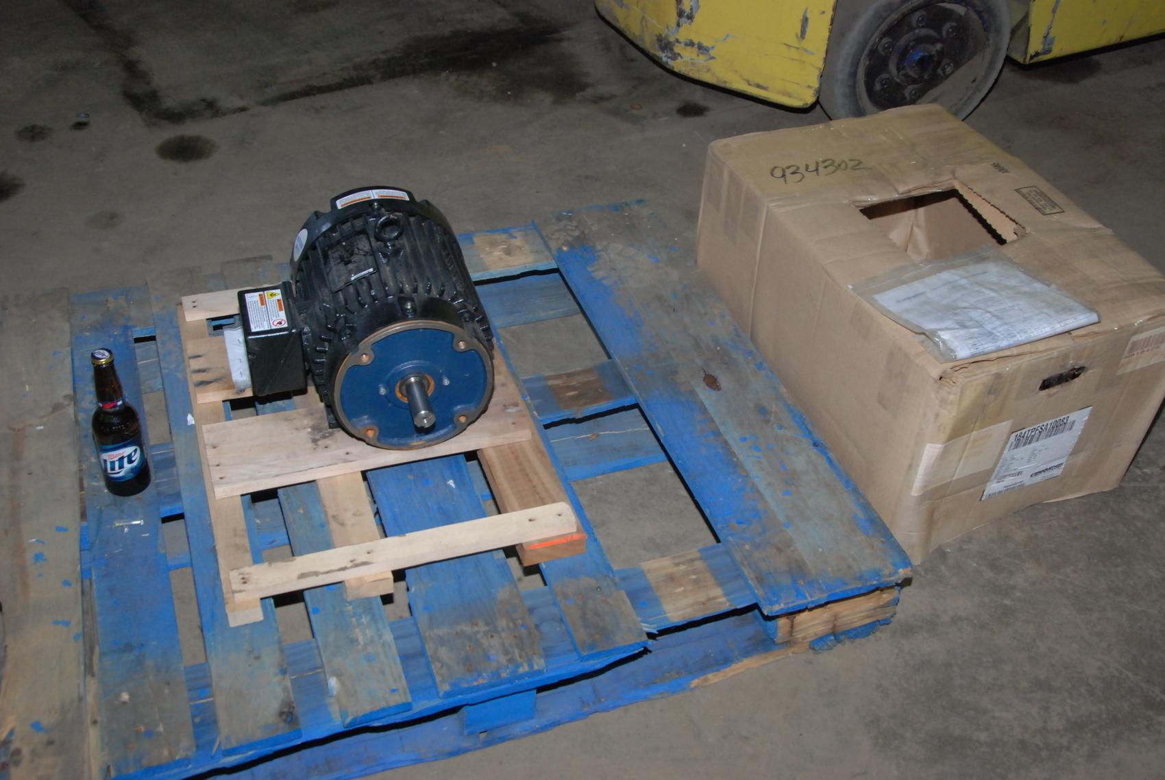 NEW Marathon SyMAX LN 184TPFSA10083AW Electric Motor;3PH;10HP