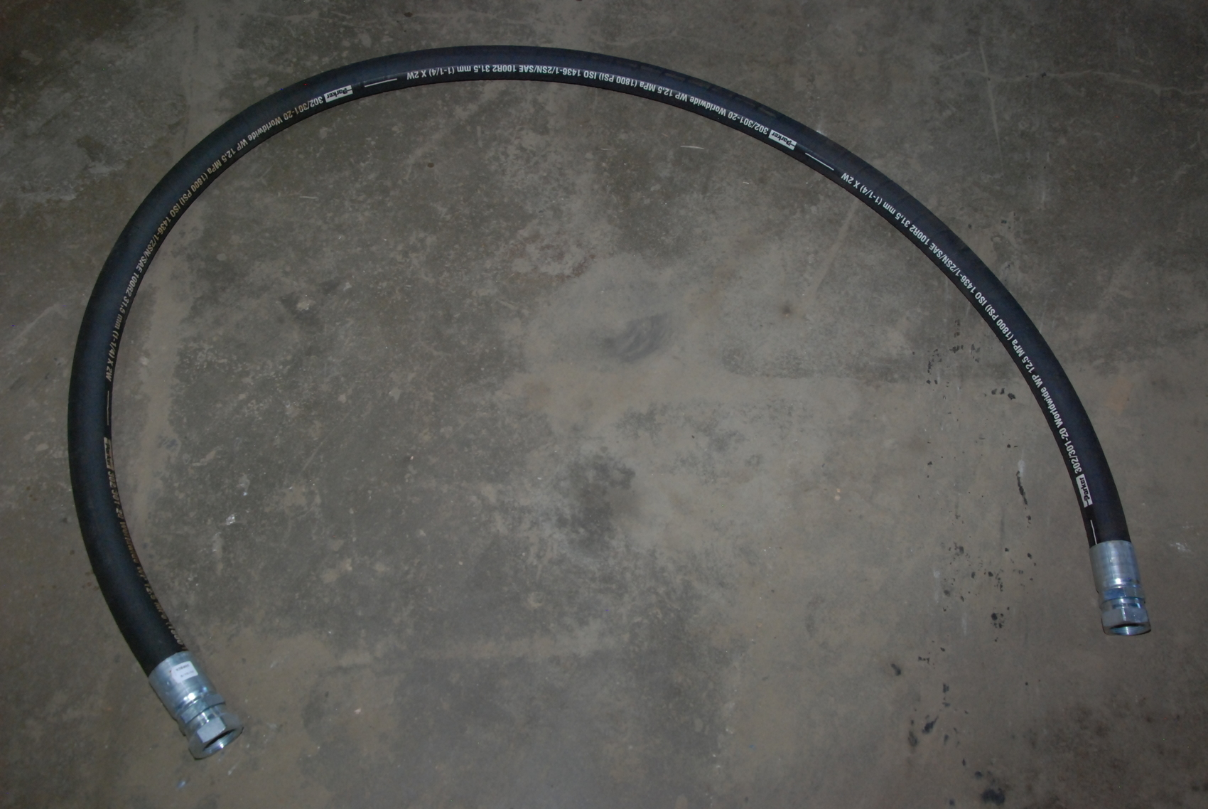 """NEW Parker 302/301-20 Hydraulic Hose assEmbly;100""""long 1 1/4""""nominal"""