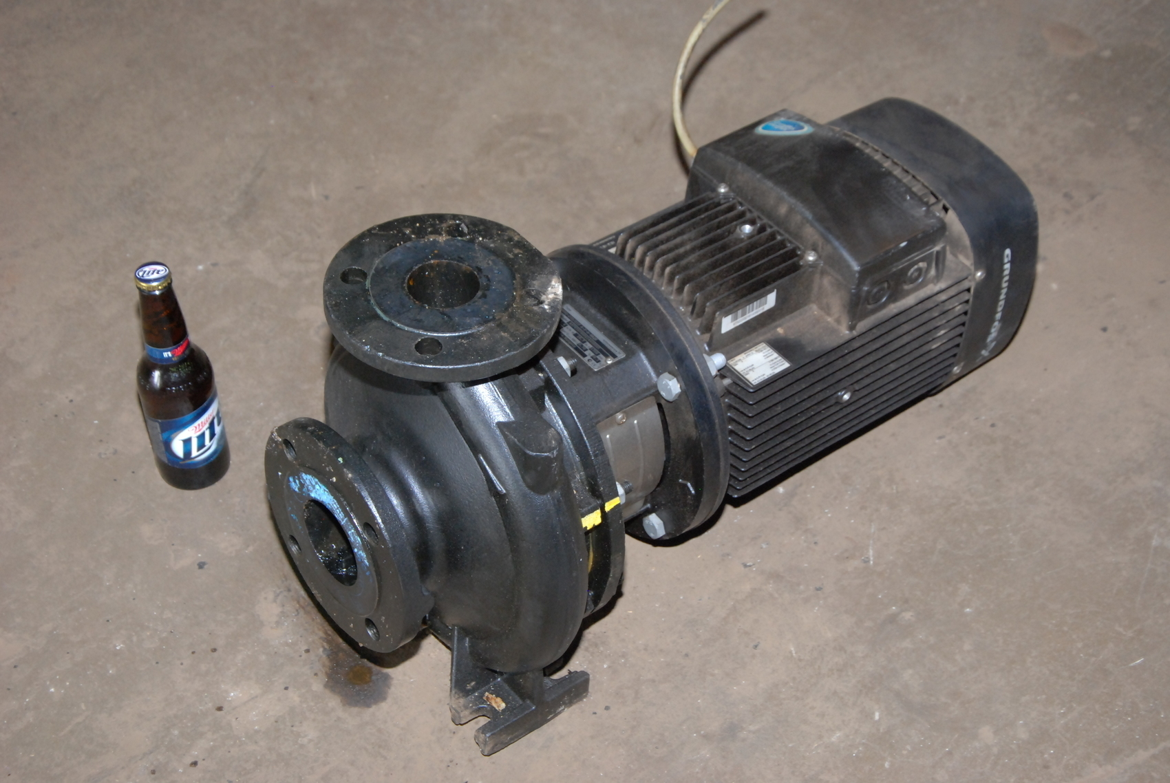 Grundfos NB50-200/210 A-F-A-BAQE Electric Pump;52.4m3/h