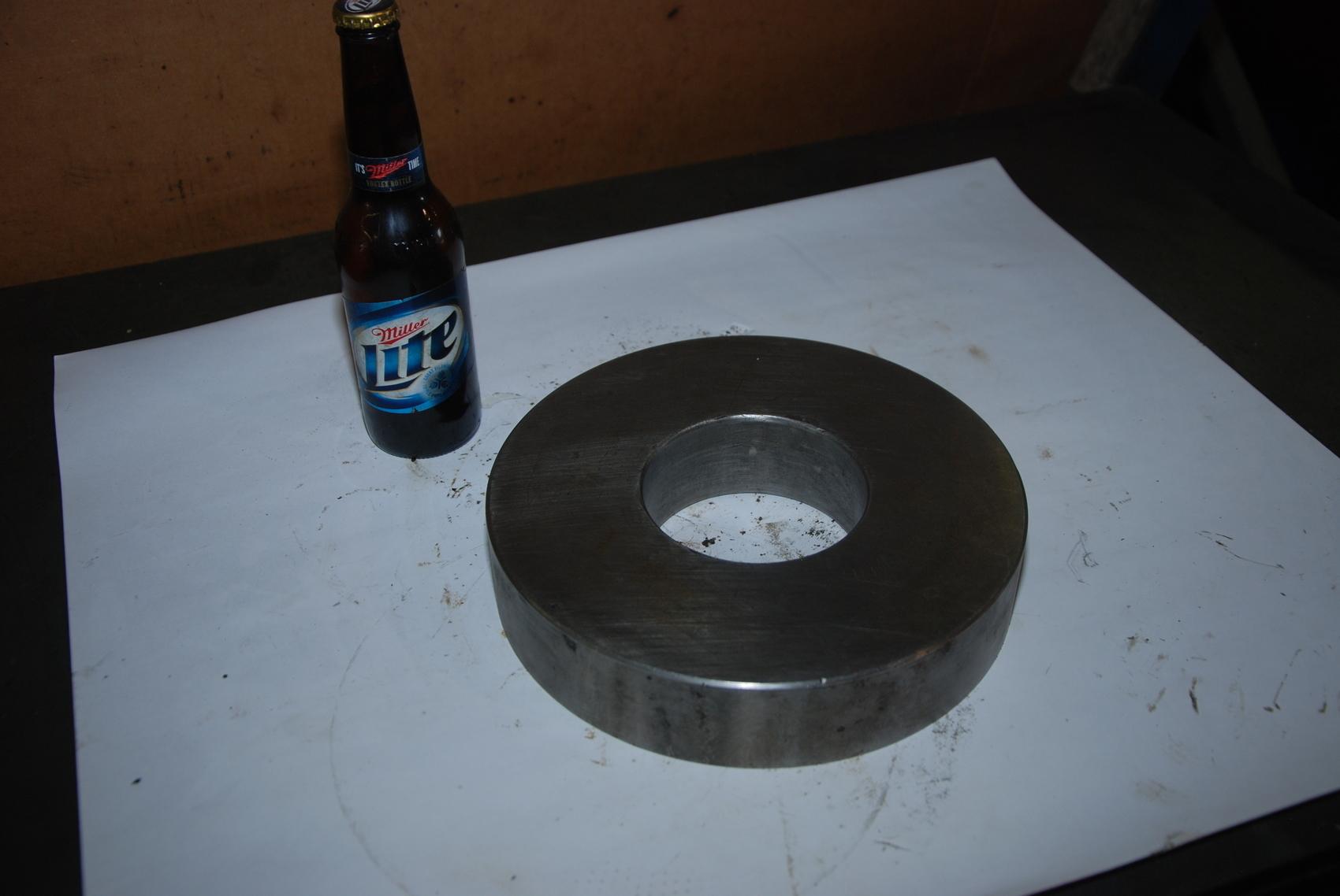 ONE Steel Round Bar for Blacksmith 32lbs;9 1/2x2 Inside Hole 4x2