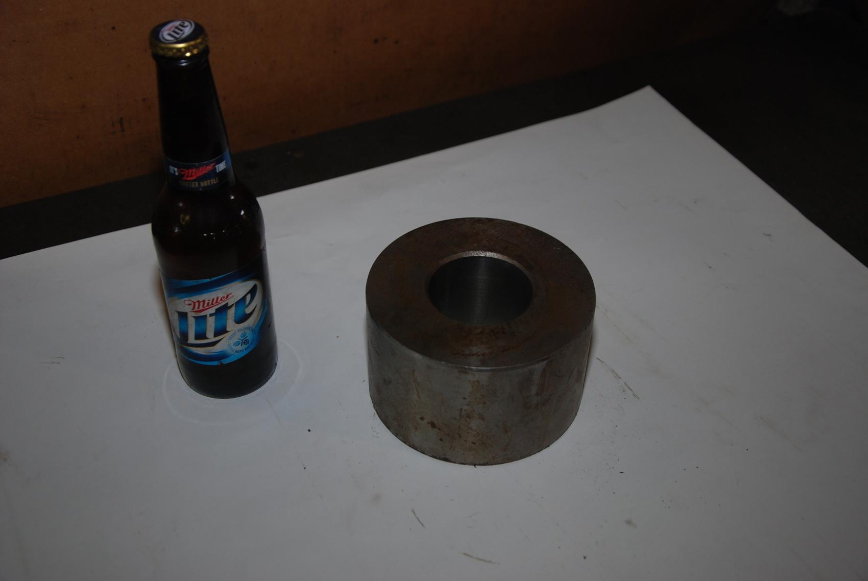 ONE Steel Round Bar Blacksmith 15lbs;5 1/4x3 1/4 In Hole 2 3/8x3 1/4