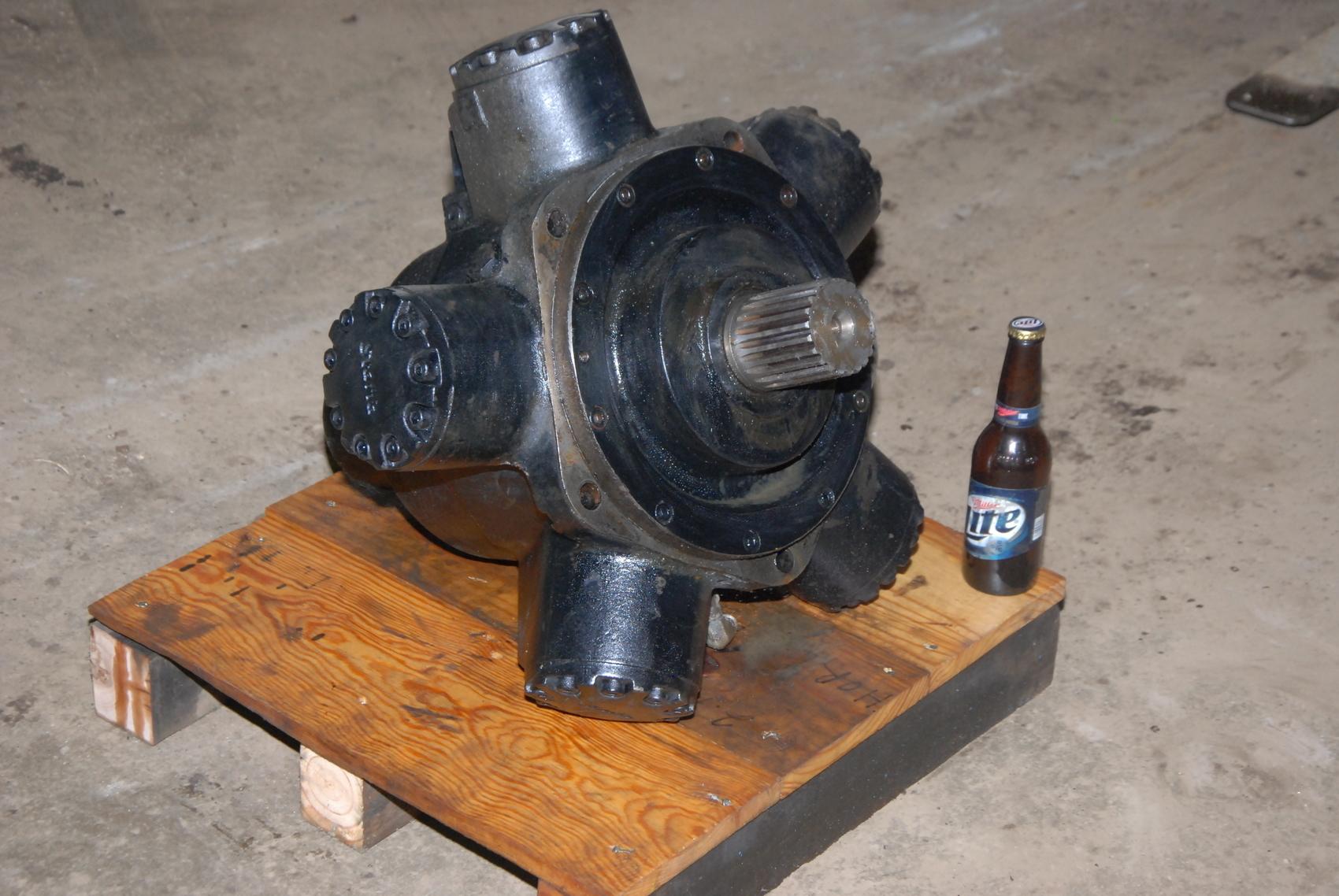 Vickers STAFFA HM C080 Z 60 40 F3 CI 30 PL223 Radial hydraulic Motor