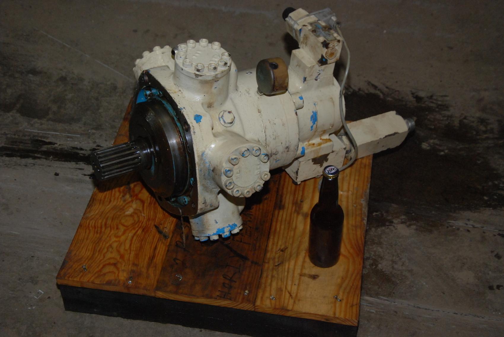 Vickers Staffa HM 0030-Z-30-21-FC3-10 855860529 Radial hydraulic motor