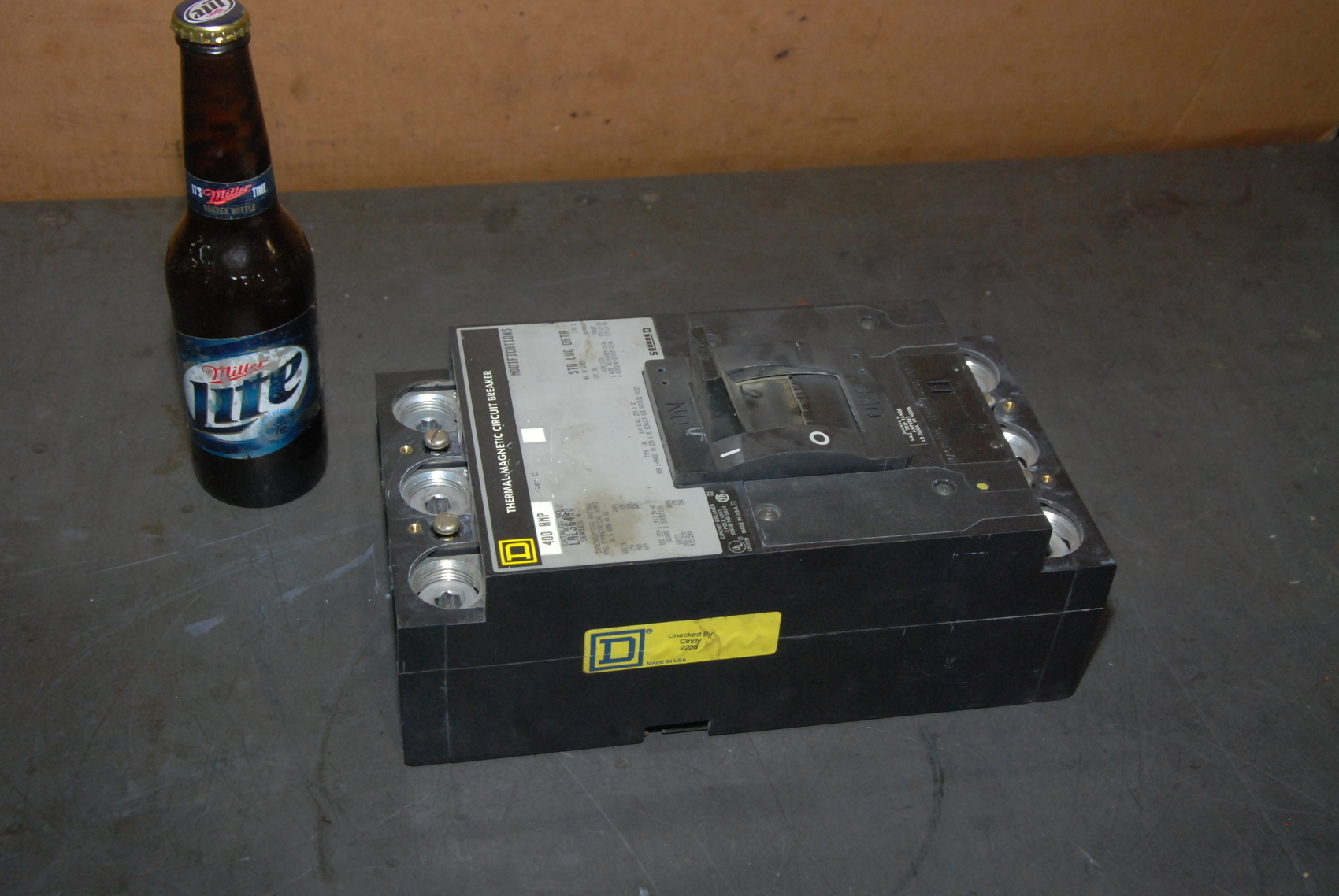 Square D Company LAL 36460 Thermal Magnetic Circuit Breaker 400 AMP