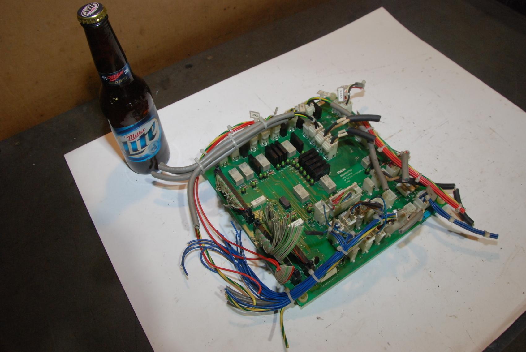 Mazak D65UB007180 QX PCB San-S294V0