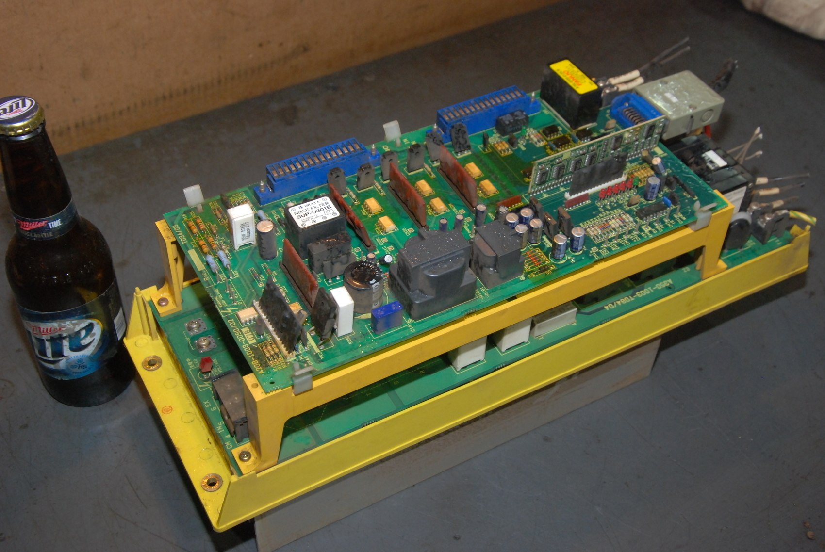 Fanuc Servo Drive A20B-1003-0090/02 amada lasmac 667 laser