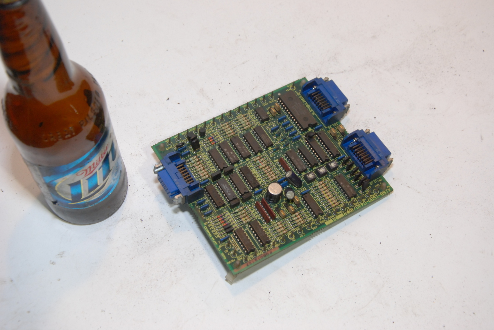 Fanuc A16B-1600-0440/06A board.