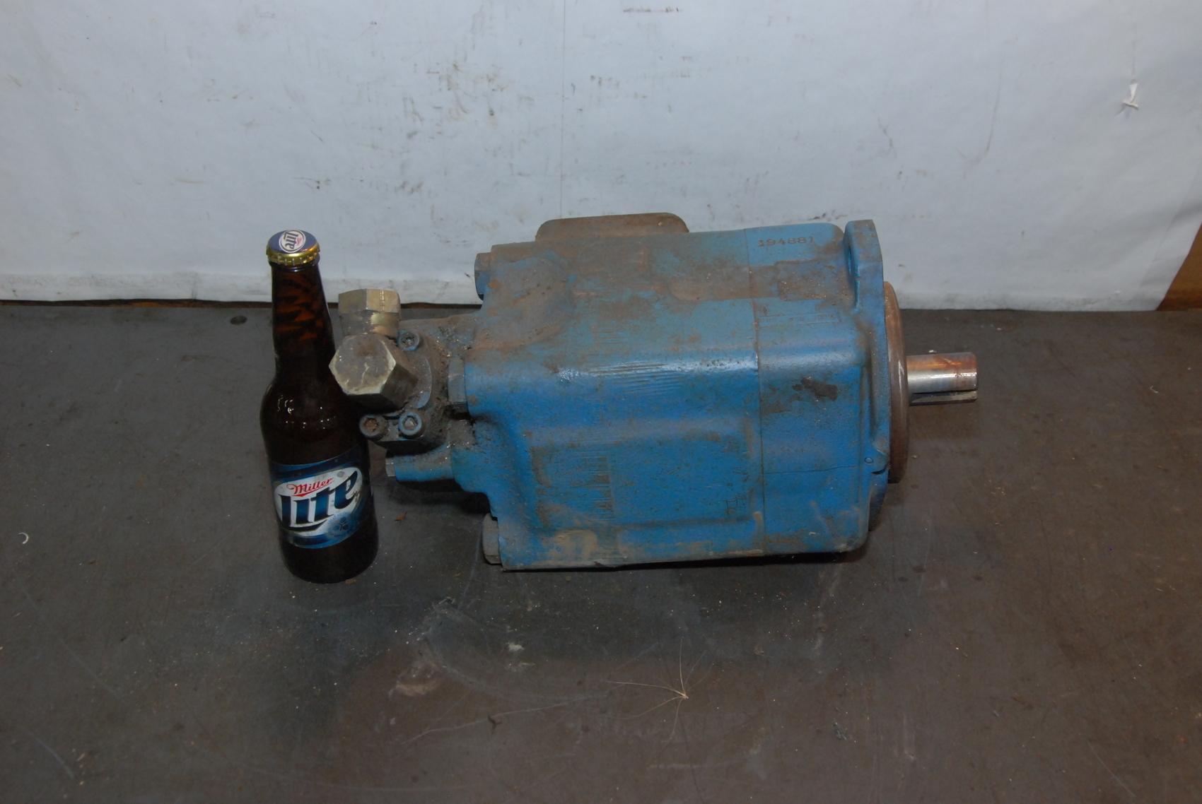 VICKERS EATON 4520V60A14 10022R Vane Pump