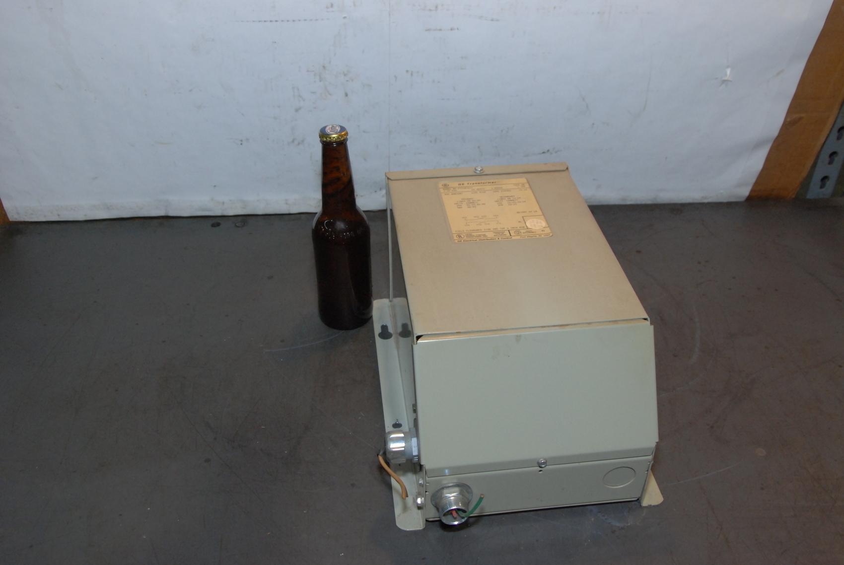GE Single Phase 9T51B0013 3.0KVA Transformer 240/480V Pri 120/240V