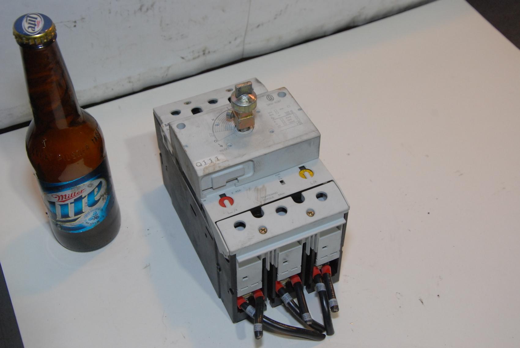 Moeller-Circuit Breaker Load Break Switch 600A 3P