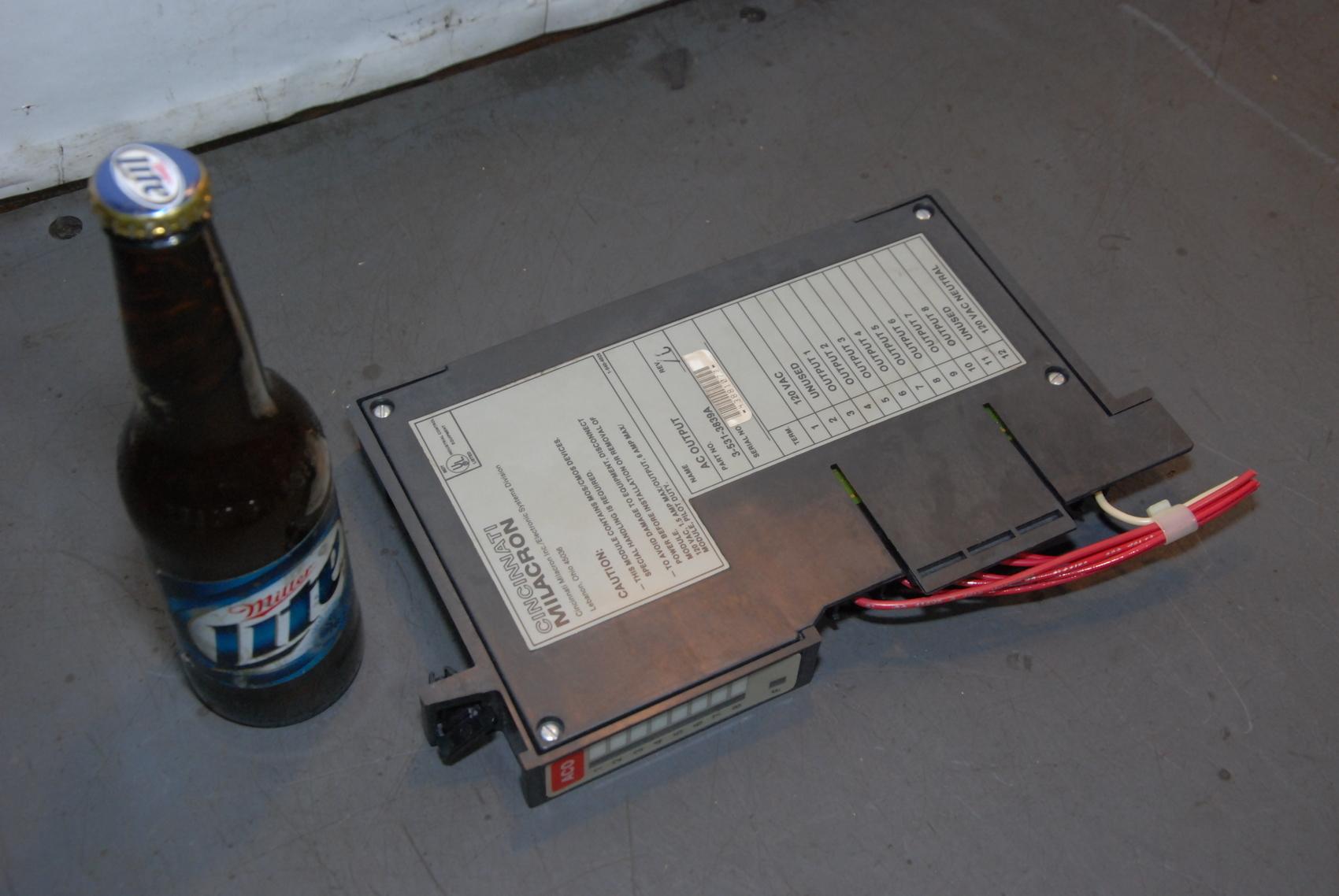 Cincinnati Milacron 3-531-3839A AC Output Board,REV C