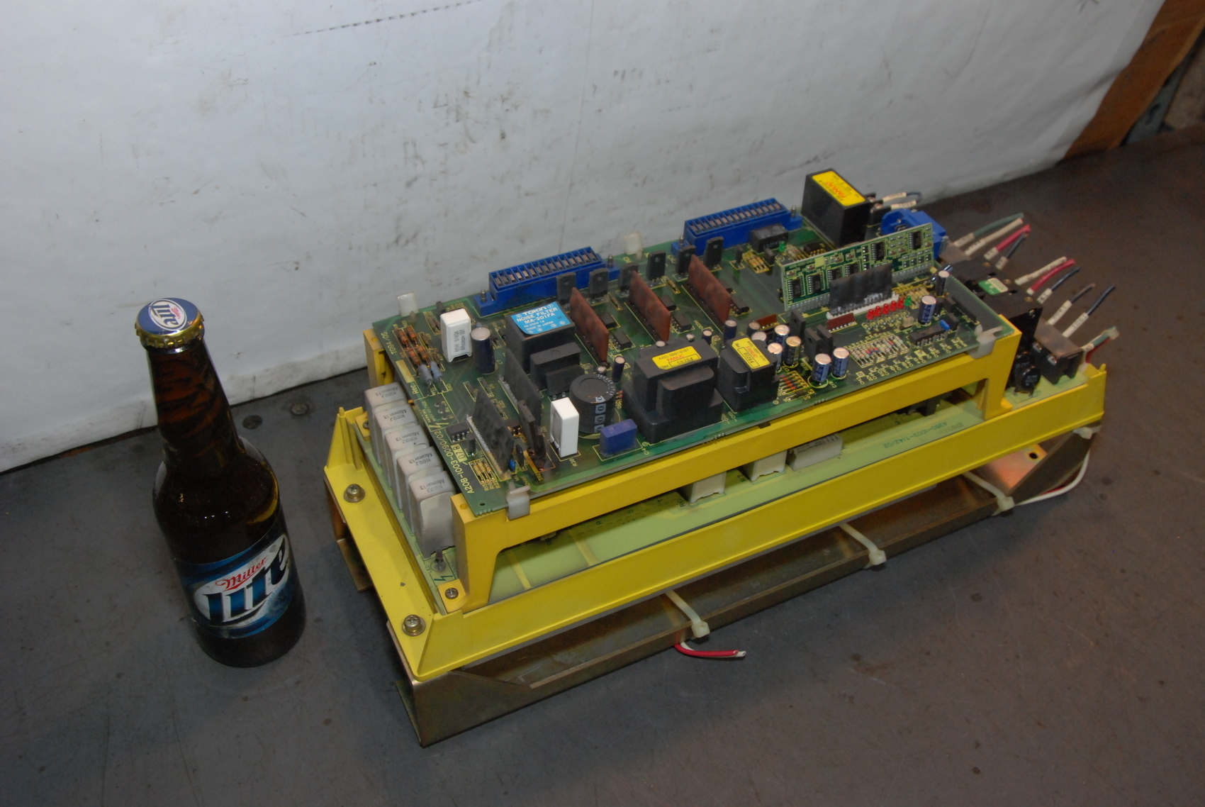 Fanuc A06B-6058-H004 Servo Amplifier Module A20B-1003-0090/02