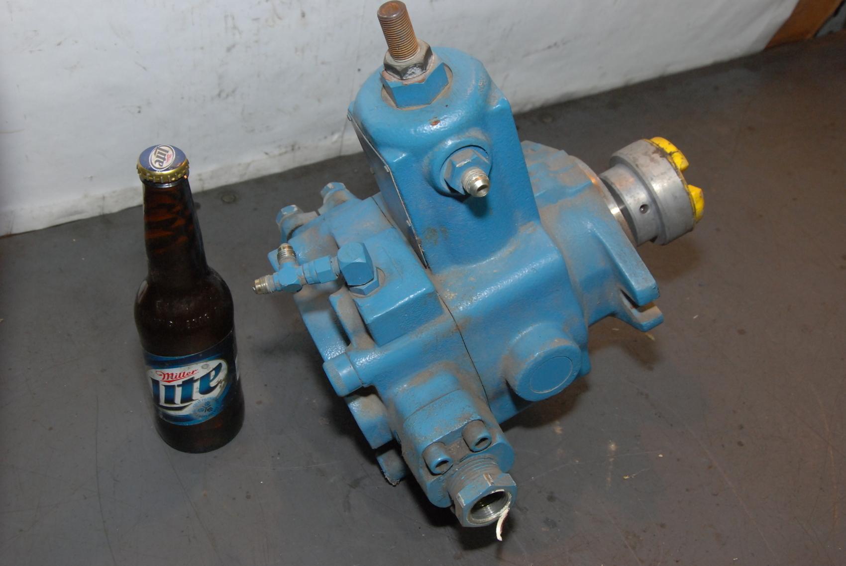 Continental Hydraulics PVR15-20B15-RF-0-5-F Hydraulic Pump 1800 RPM