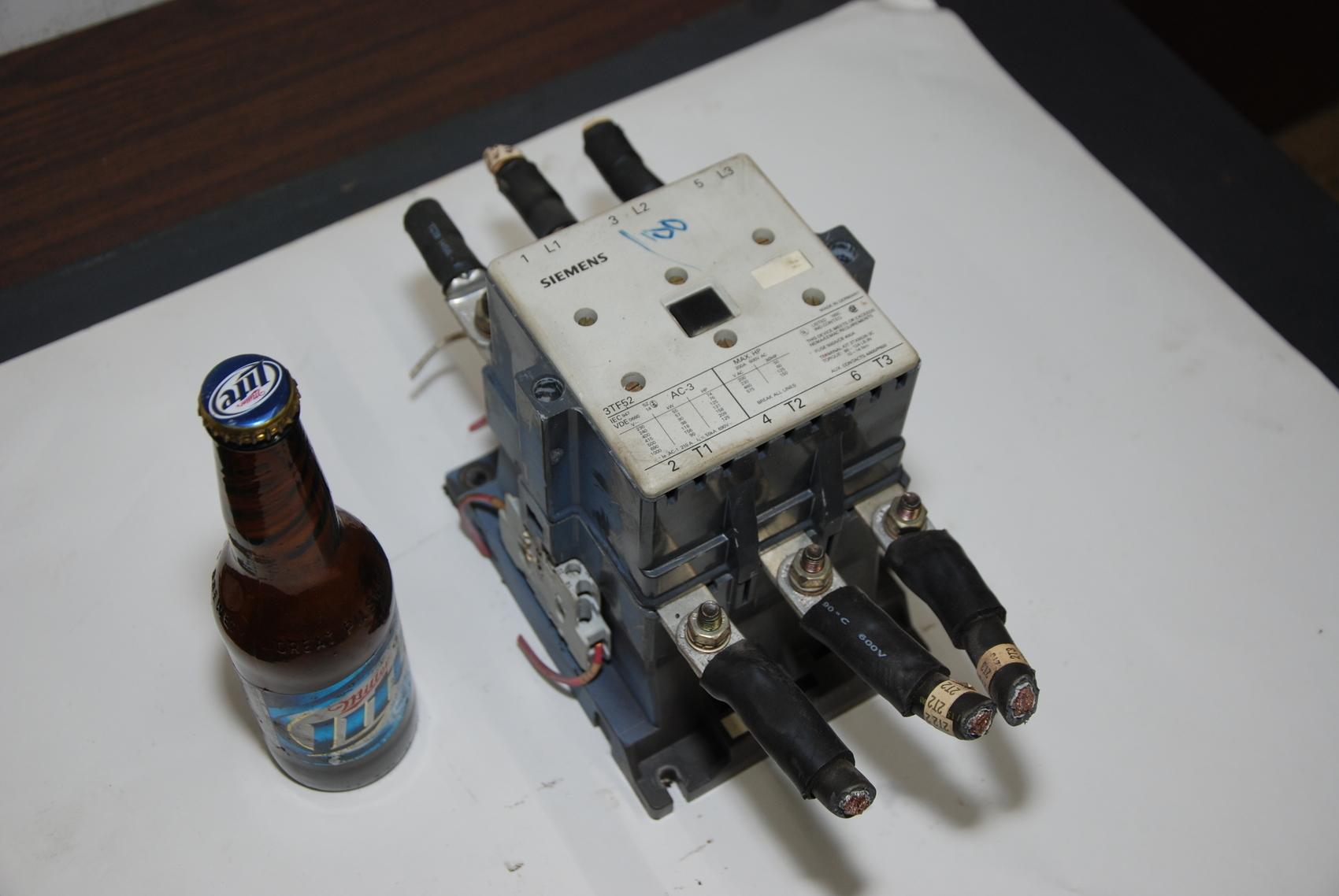 SIEMENS 3TF52 CONTACTOR STARTER 200a 150HP