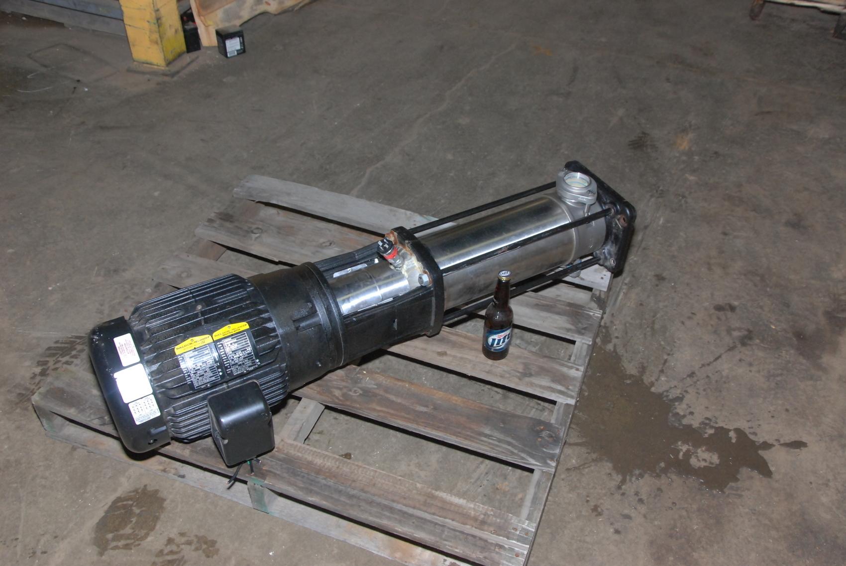 Grundfos pump CRI15-08 A-CA-I-E-HQQE 15HP,230/460V,PH3