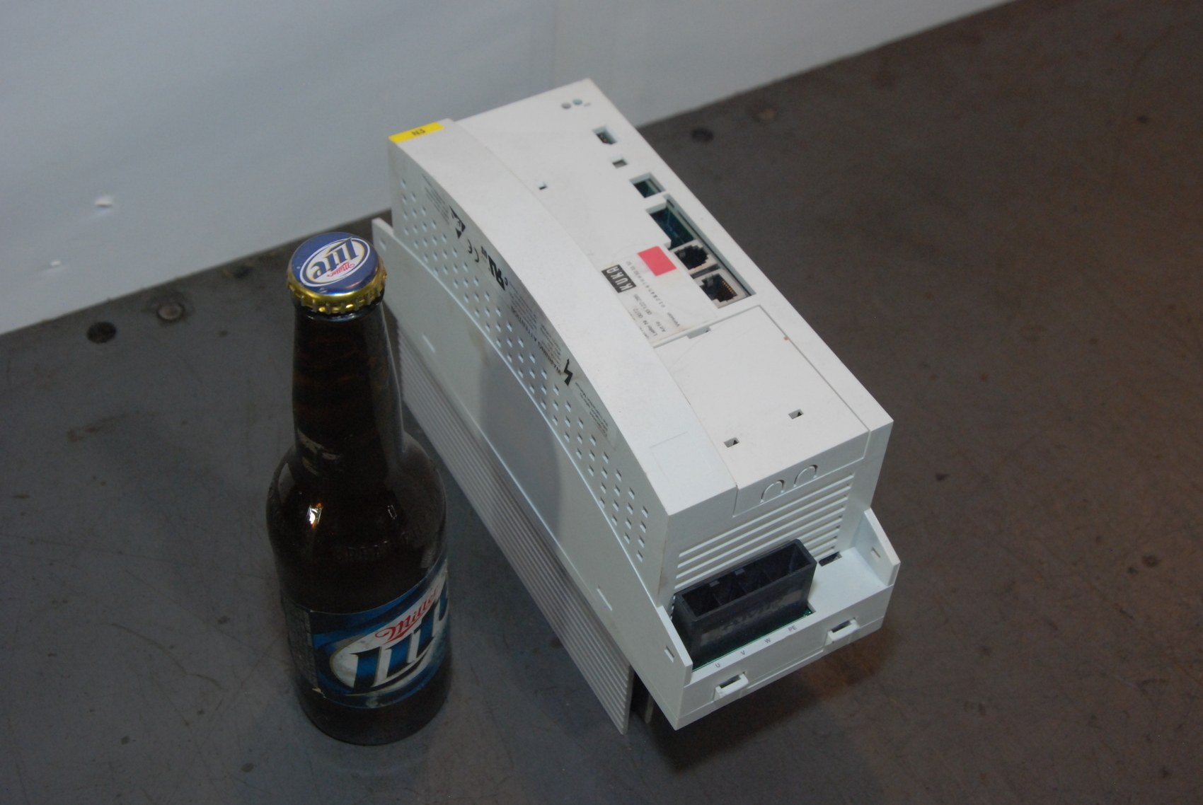 Kuka KSD1-16 Type E93DA552I4B531 Servo Drive Controller PLC Robot