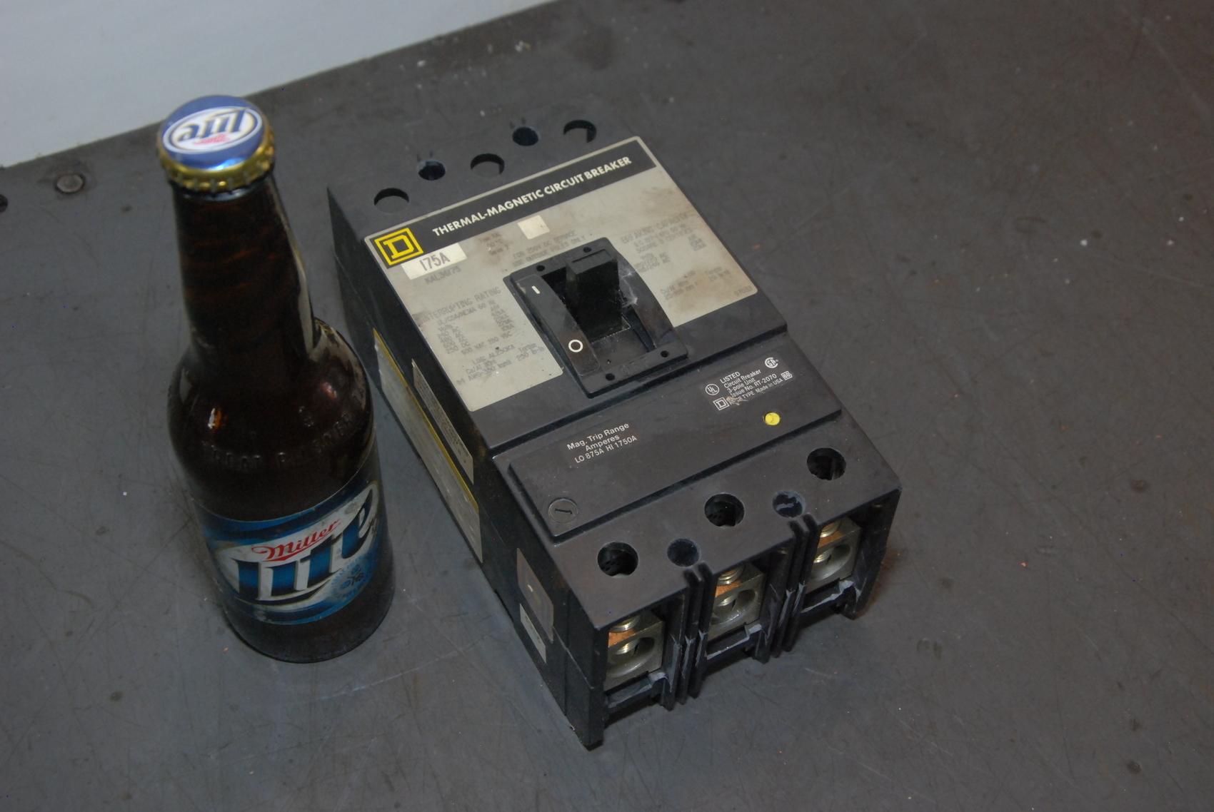 Square D KAL36175,175 AMP 3 POLE Circuit Breake