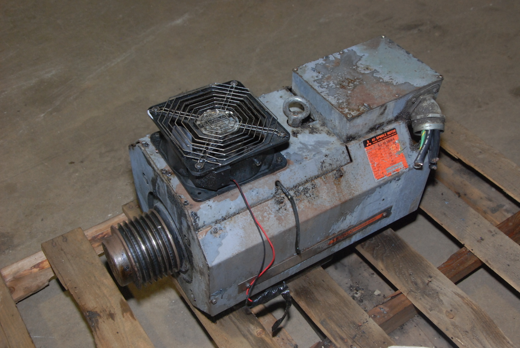 Mitsubishi AC Spindle Motor,11/15 kW,SJ-18.5BW4,680/850/6000 RPM