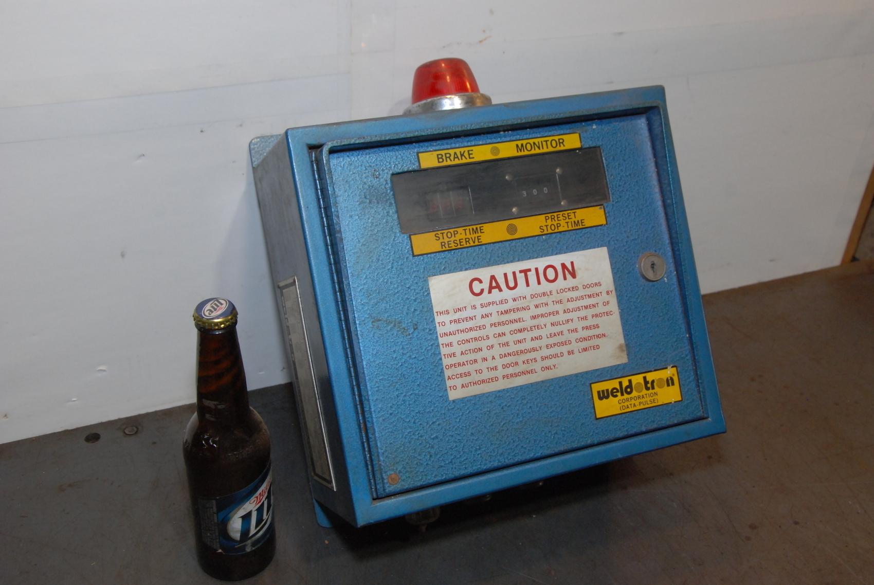 WELDOTRON Model 8401-B spot welder controller