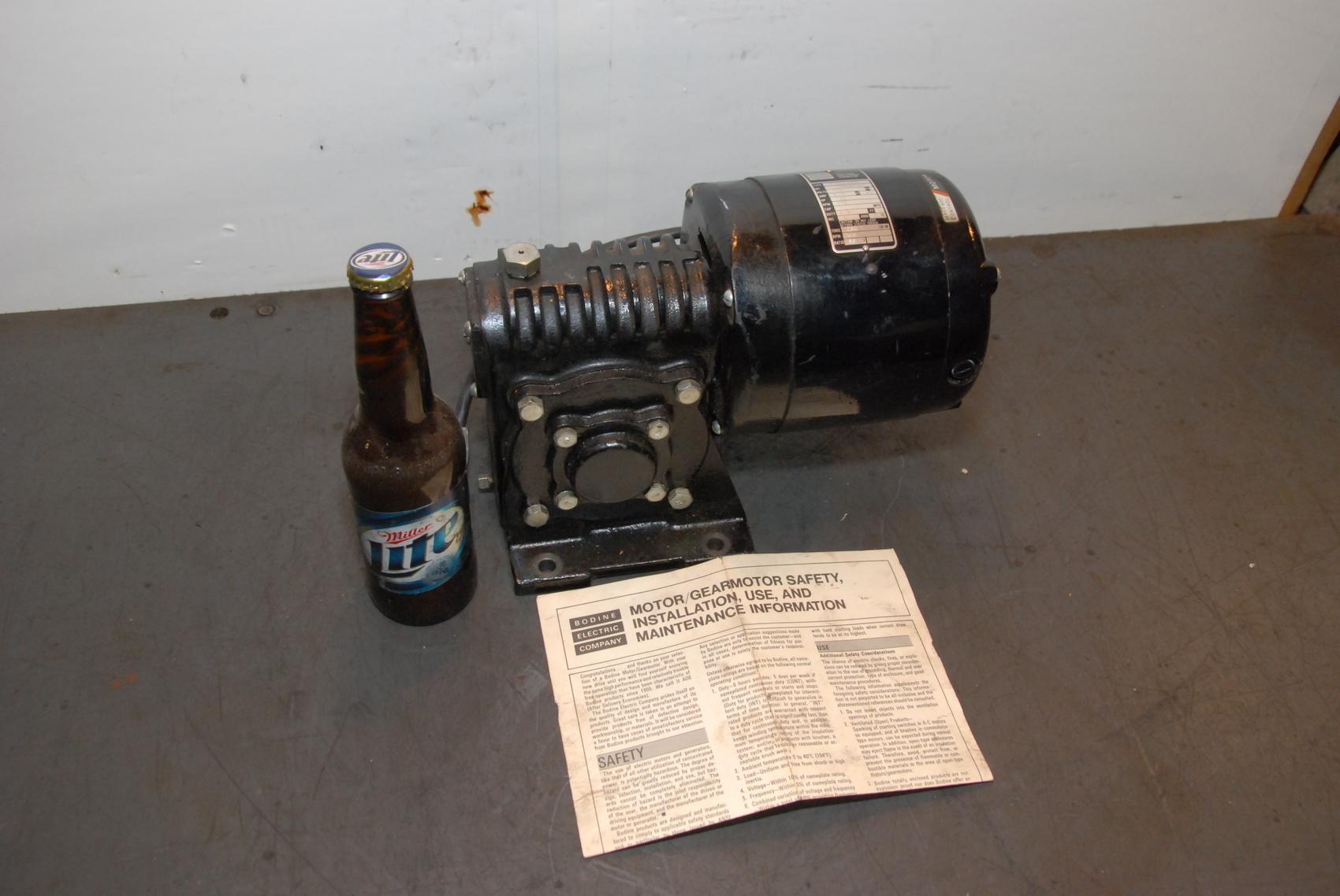 NEW Bodine Electric NSH-55RH Gear Motor 115V 2.3A 1/4HP 48 RPM