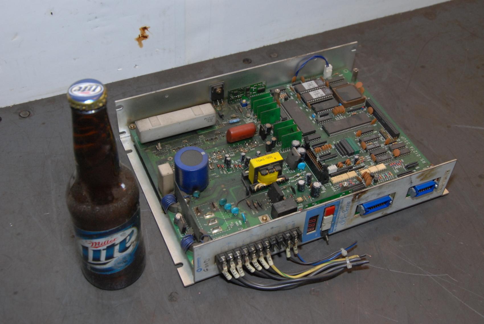 SHINKO ELECTRIC AC SERVO DRIVE SSD-1020YM-D