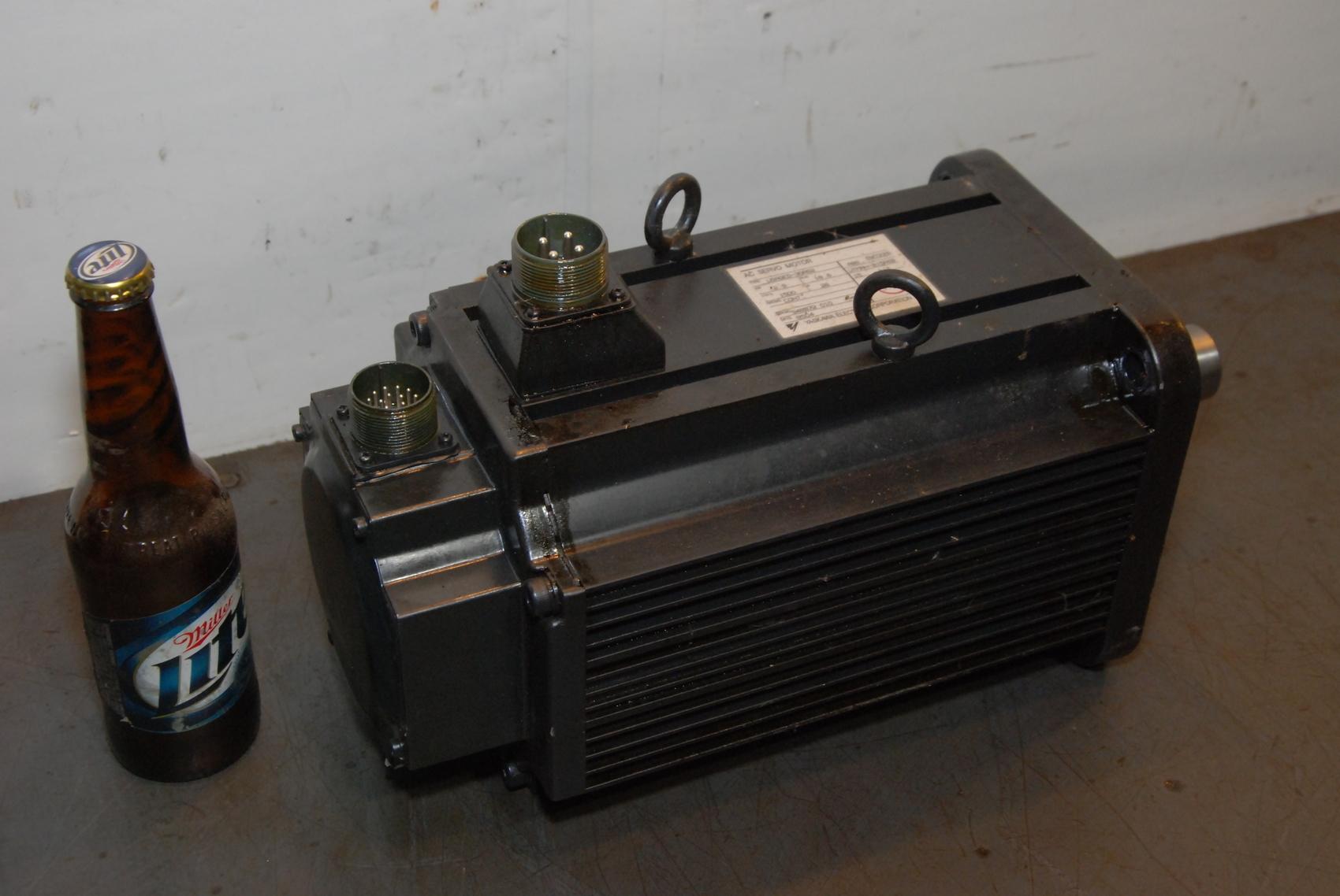Yaskawa USAGED-30SA2 AC Servo Motor