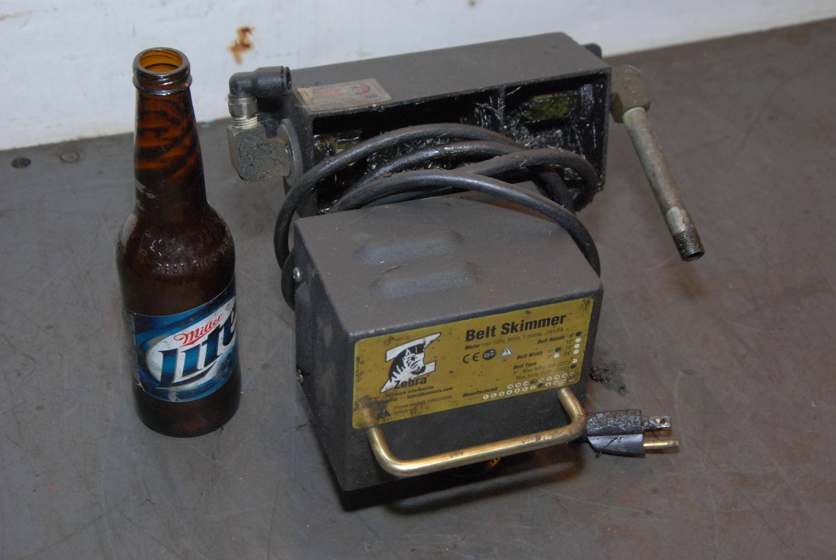 Belt Oil Skimmer ZEBRA 100-120V,1Phase