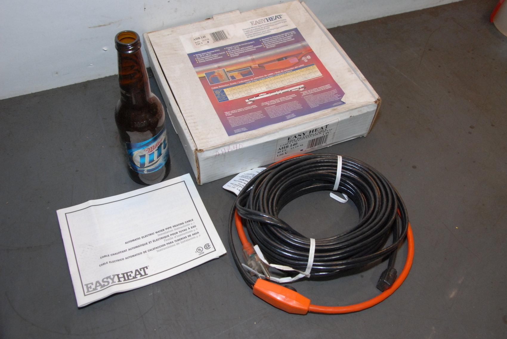 NEW EASY HEAT AHB-140 40 FOOT PIPE HEATING CABLE HEAT TAPE 40FT,120V